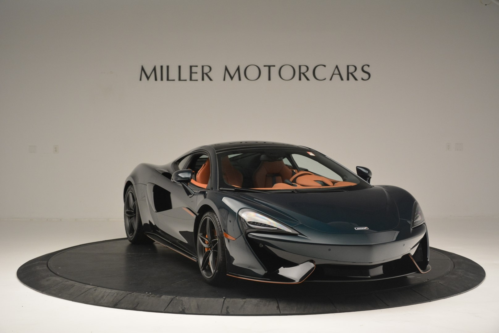 New 2018 McLaren 570GT Coupe For Sale In Greenwich, CT. Alfa Romeo of Greenwich, MC373 2425_p11