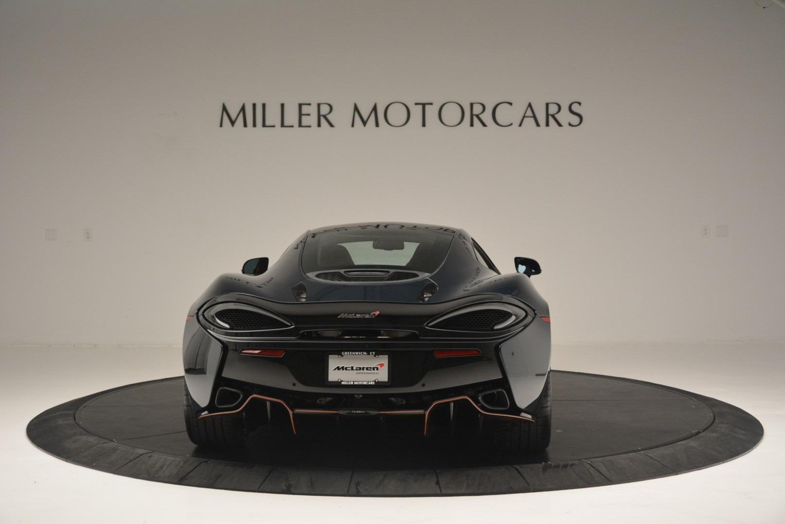 New 2018 McLaren 570GT Coupe For Sale In Greenwich, CT. Alfa Romeo of Greenwich, MC373 2425_p6