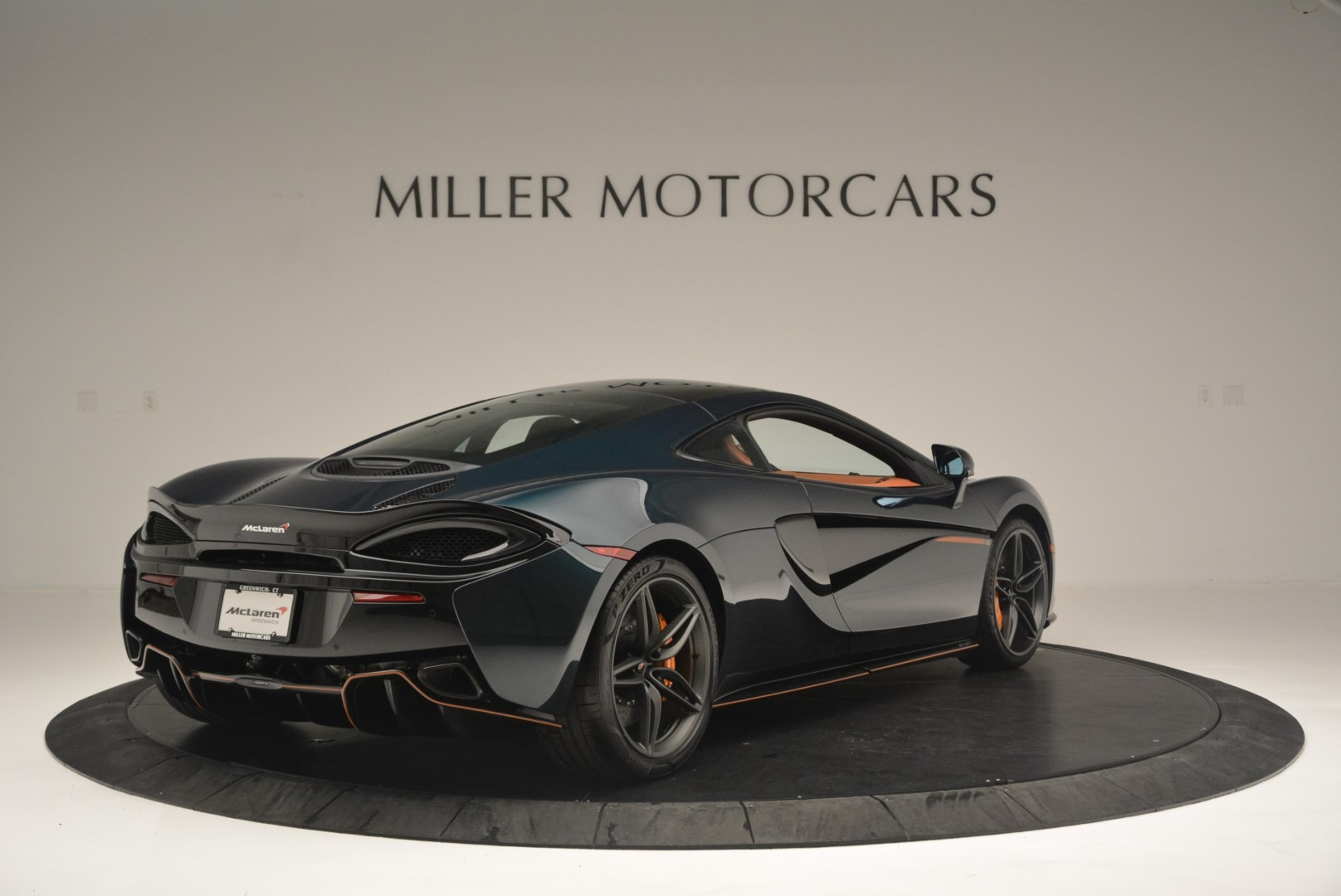 New 2018 McLaren 570GT Coupe For Sale In Greenwich, CT. Alfa Romeo of Greenwich, MC373 2425_p7