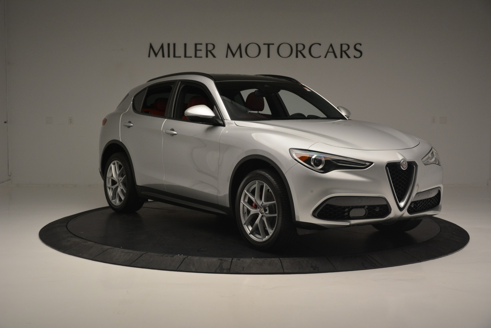 New 2018 Alfa Romeo Stelvio Ti Sport Q4 For Sale In Greenwich, CT. Alfa Romeo of Greenwich, L454 2434_p12