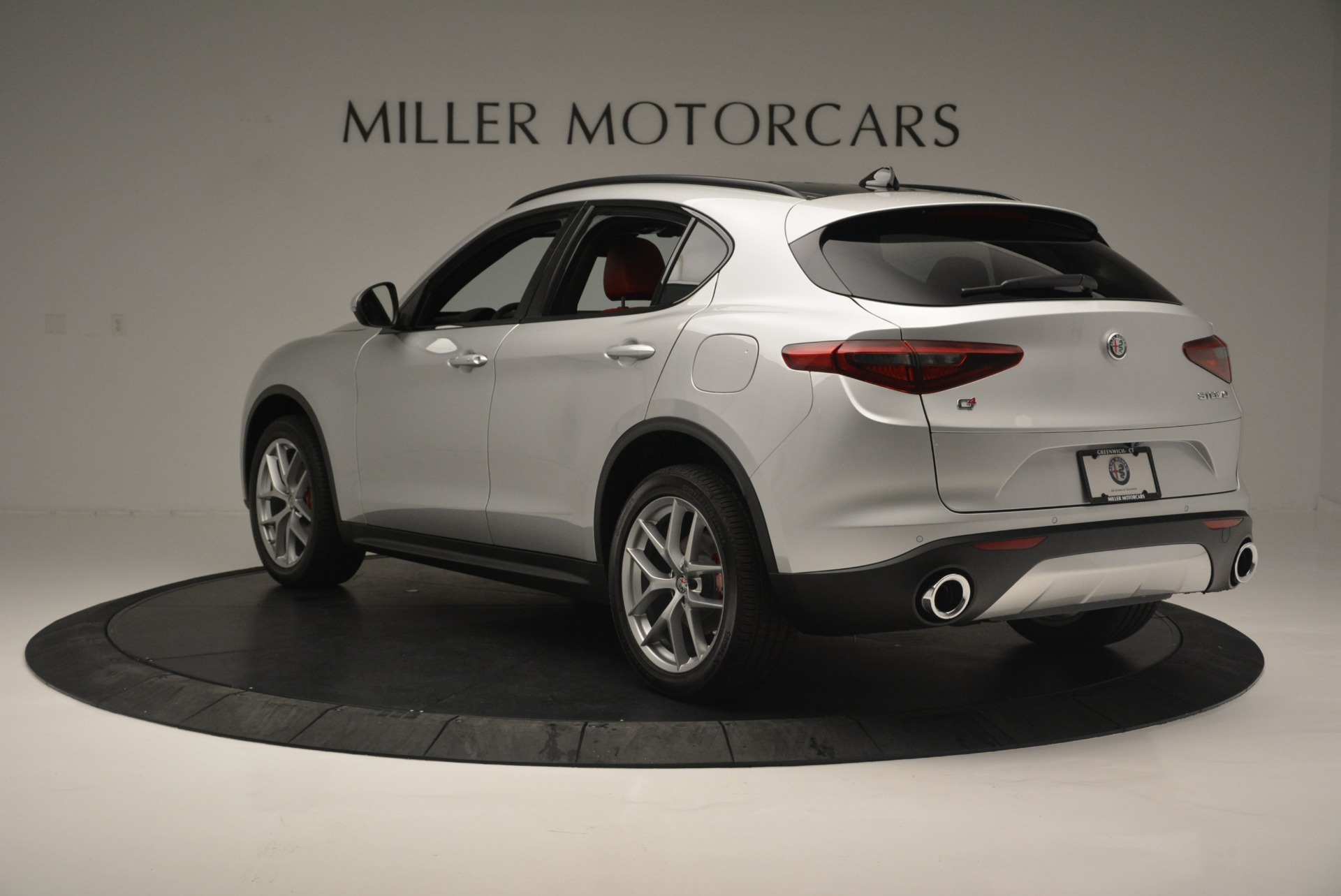 New 2018 Alfa Romeo Stelvio Ti Sport Q4 For Sale In Greenwich, CT. Alfa Romeo of Greenwich, L454 2434_p5