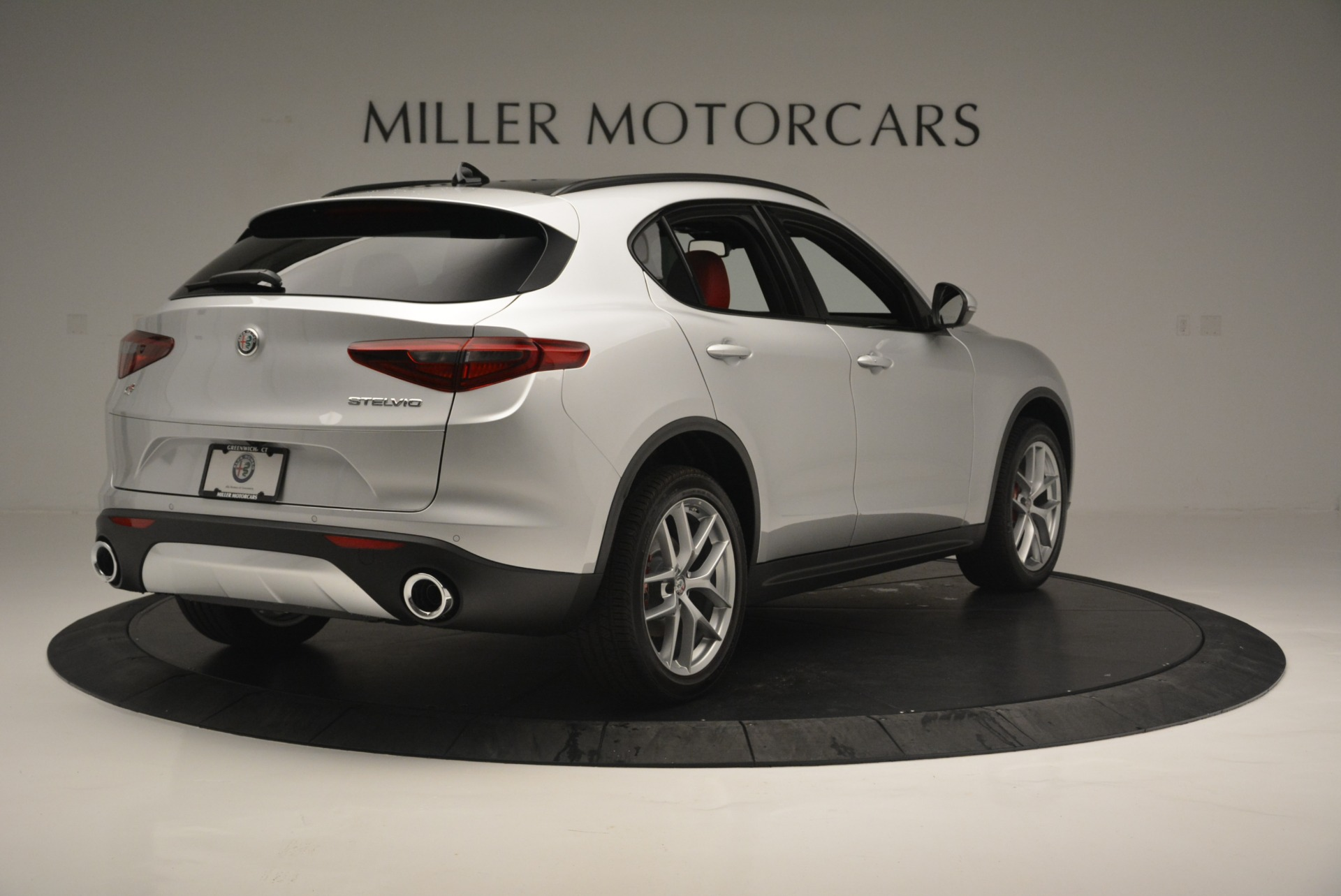 New 2018 Alfa Romeo Stelvio Ti Sport Q4 For Sale In Greenwich, CT. Alfa Romeo of Greenwich, L454 2434_p8