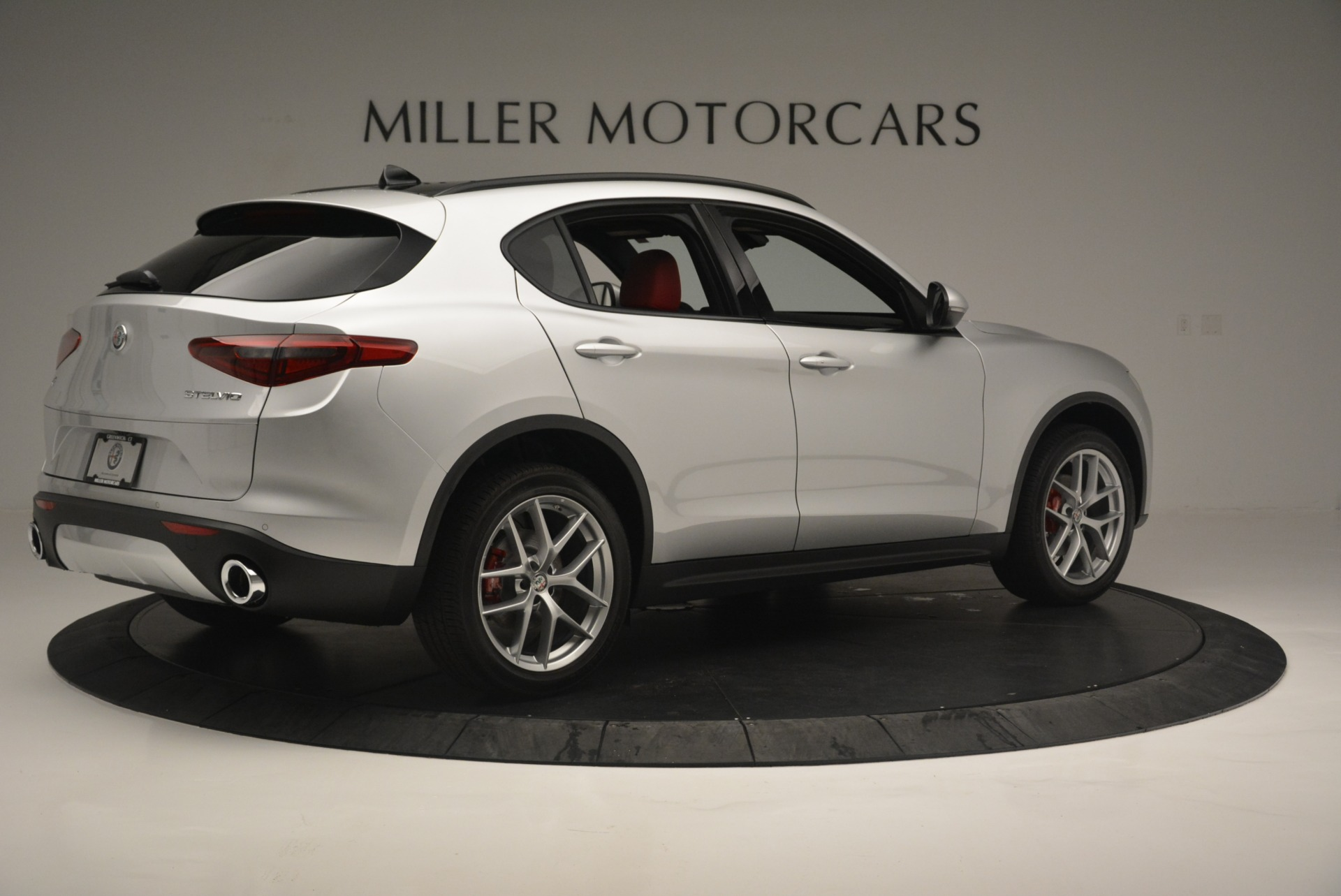 New 2018 Alfa Romeo Stelvio Ti Sport Q4 For Sale In Greenwich, CT. Alfa Romeo of Greenwich, L454 2434_p9