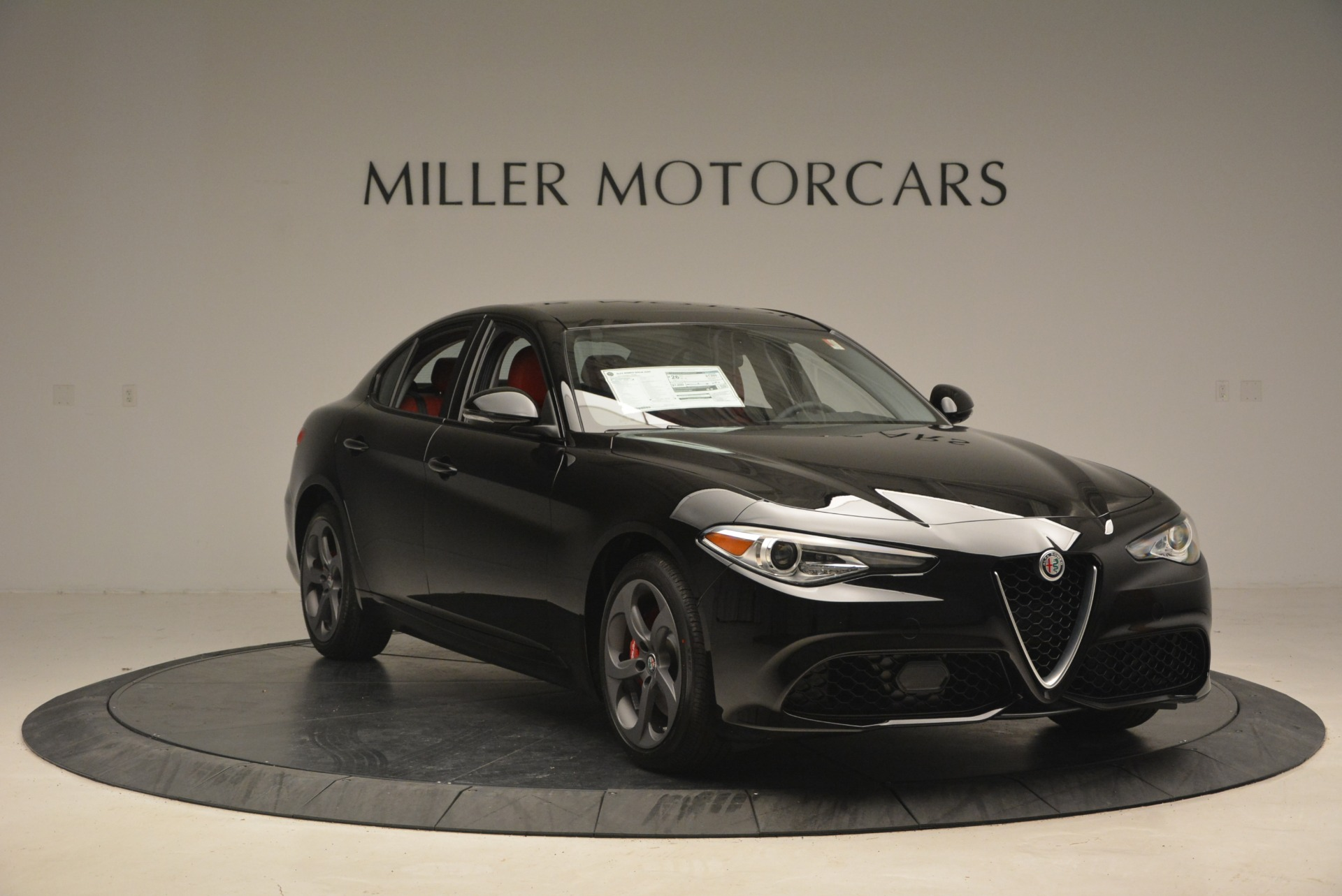 New 2018 Alfa Romeo Giulia Sport Q4 For Sale In Greenwich, CT. Alfa Romeo of Greenwich, L449 2440_p11