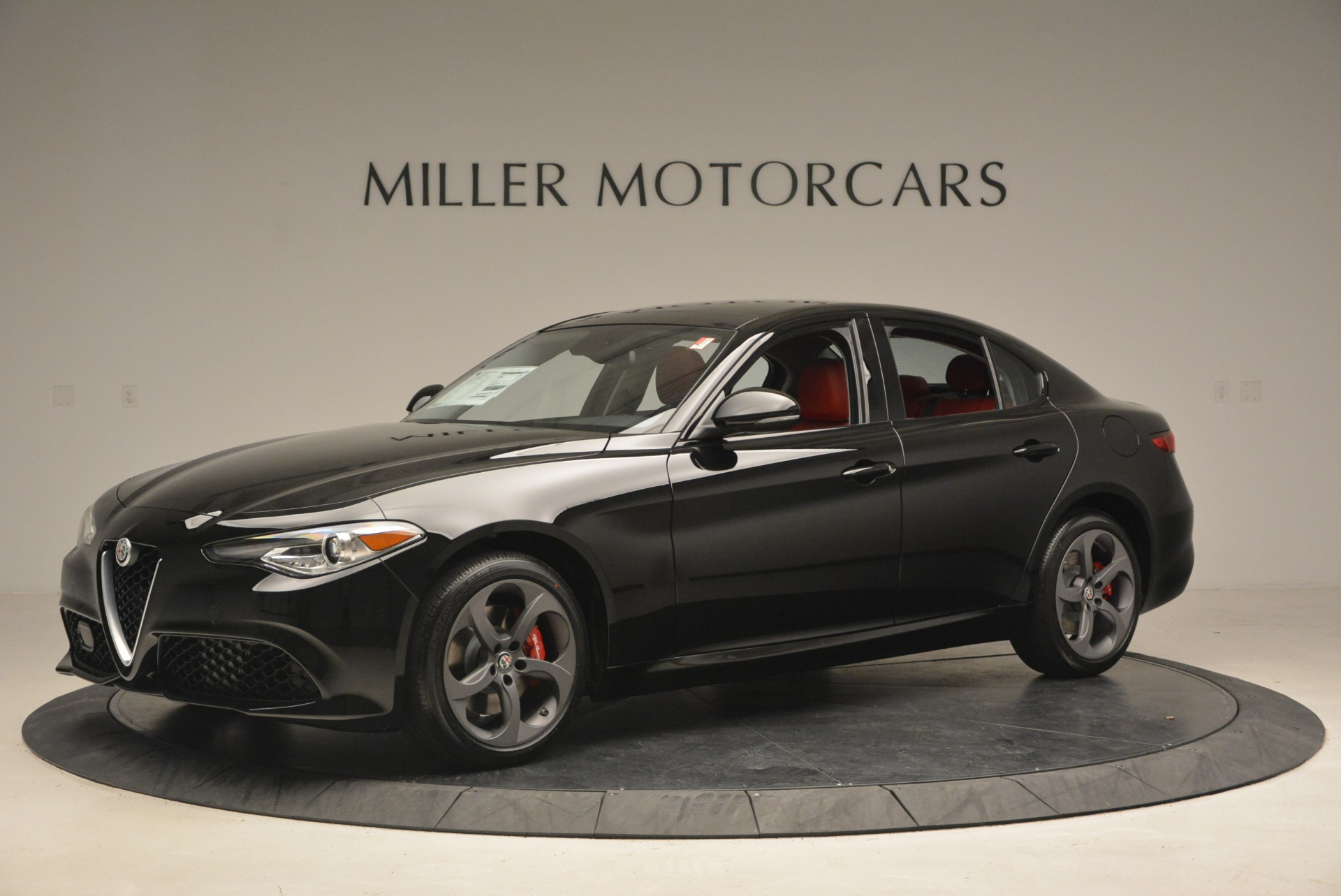 New 2018 Alfa Romeo Giulia Sport Q4 For Sale In Greenwich, CT. Alfa Romeo of Greenwich, L449 2440_p2
