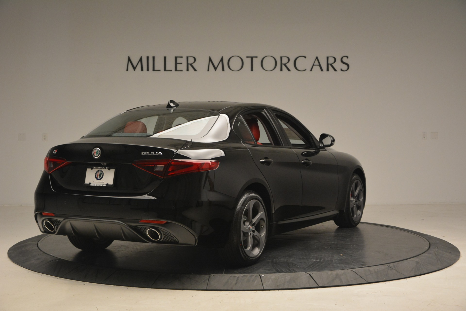 New 2018 Alfa Romeo Giulia Sport Q4 For Sale In Greenwich, CT. Alfa Romeo of Greenwich, L449 2440_p7