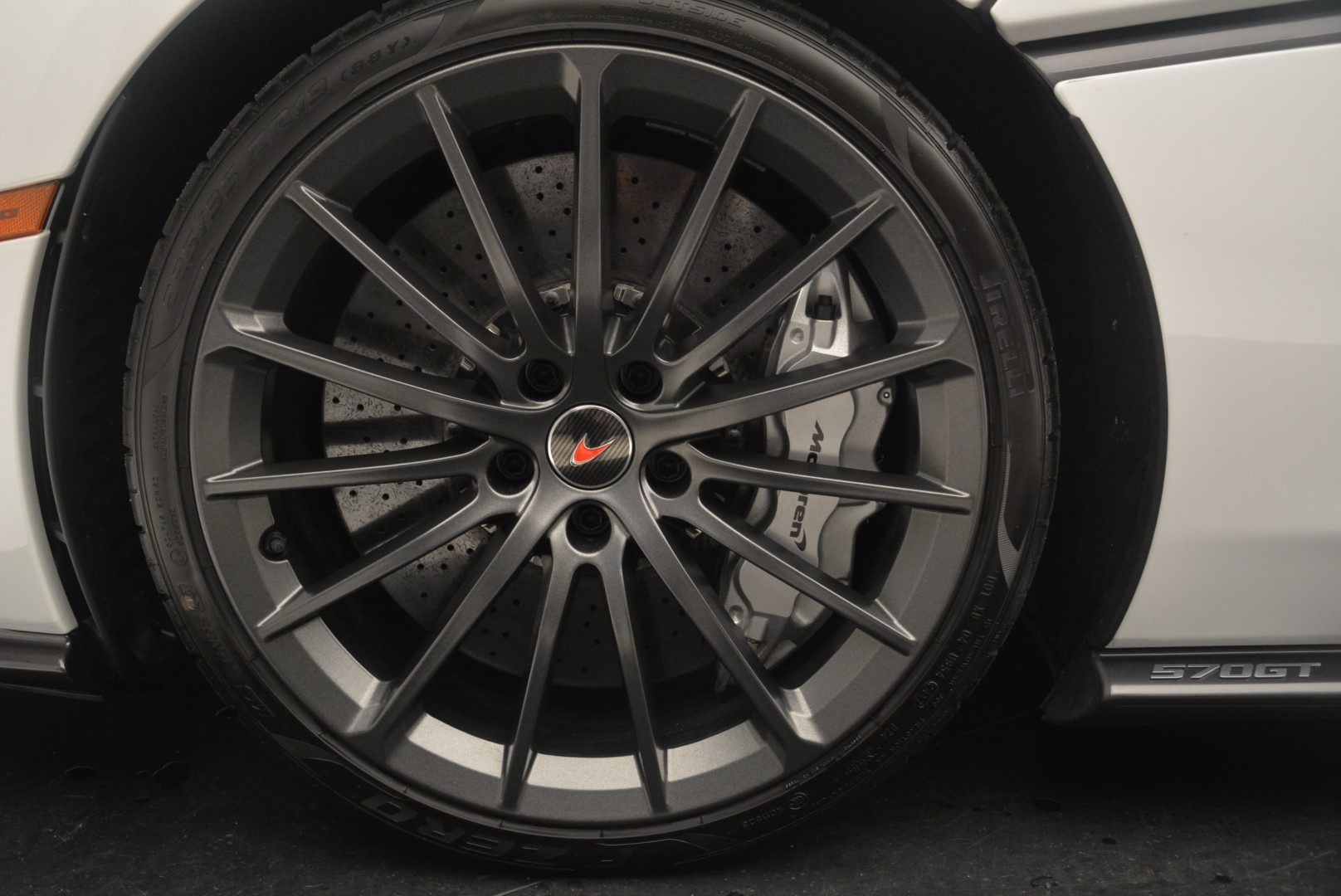 Used 2018 McLaren 570GT  For Sale In Greenwich, CT. Alfa Romeo of Greenwich, MC382 2442_p15