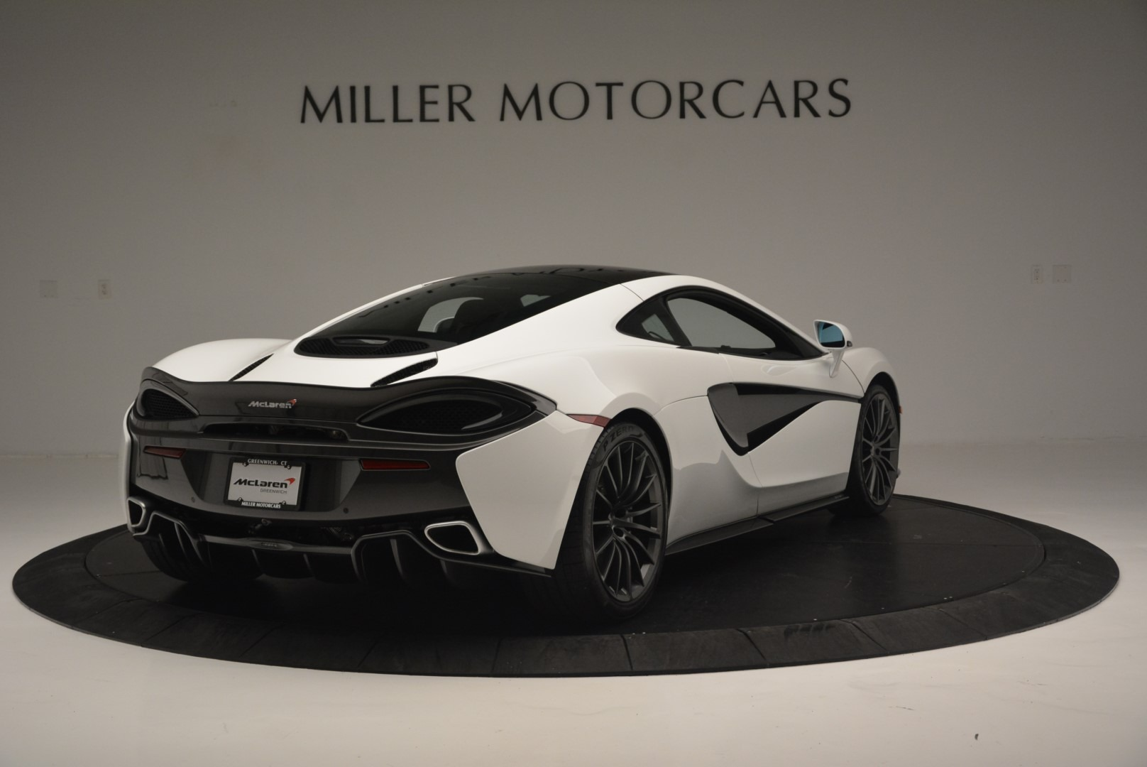 Used 2018 McLaren 570GT  For Sale In Greenwich, CT. Alfa Romeo of Greenwich, MC382 2442_p7