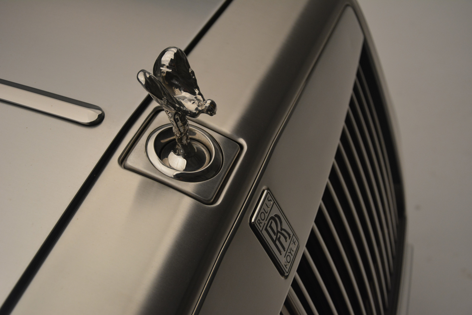 Used 2013 Rolls-Royce Phantom Drophead Coupe  For Sale In Greenwich, CT. Alfa Romeo of Greenwich, R470A 2444_p17