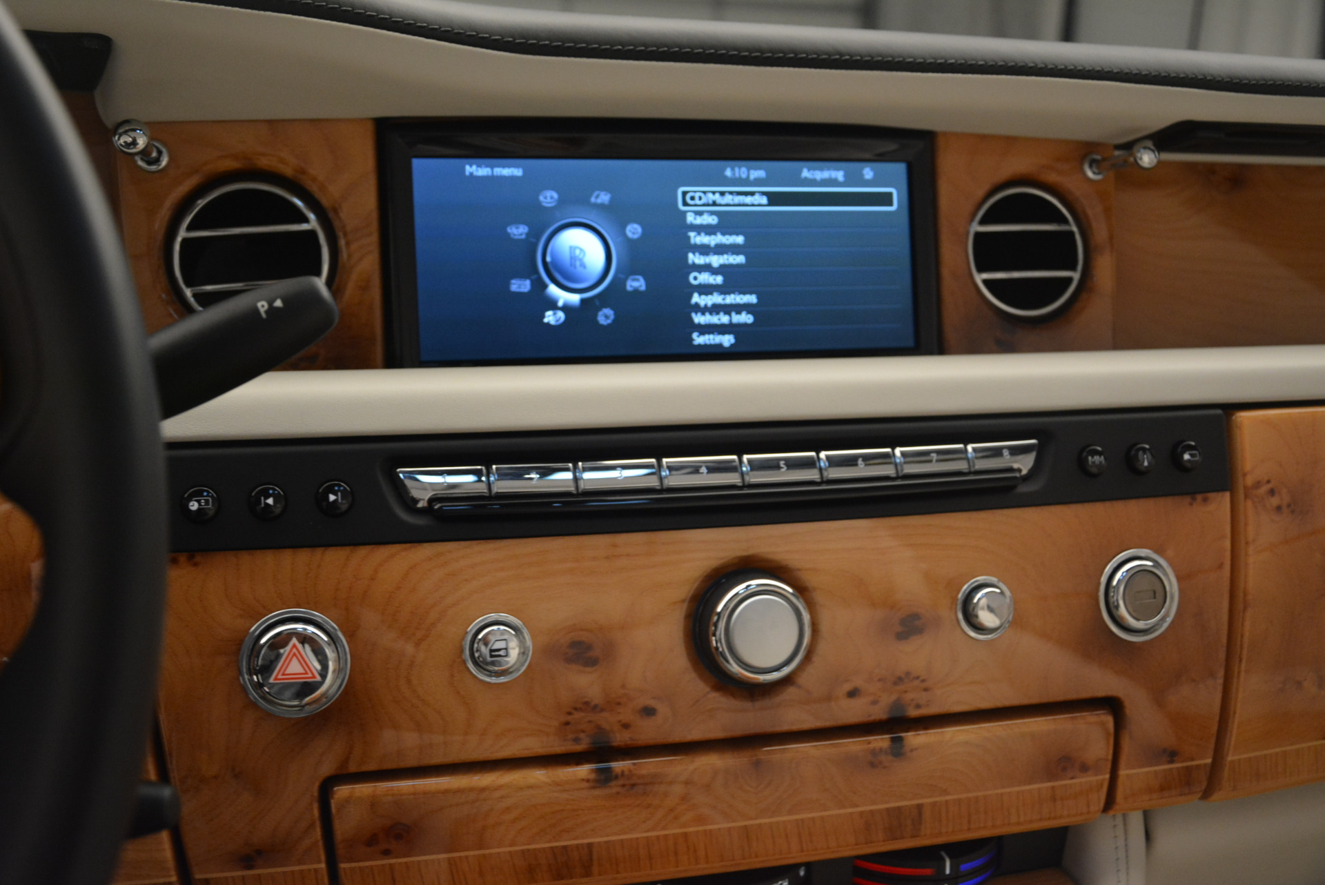Used 2013 Rolls-Royce Phantom Drophead Coupe  For Sale In Greenwich, CT. Alfa Romeo of Greenwich, R470A 2444_p22