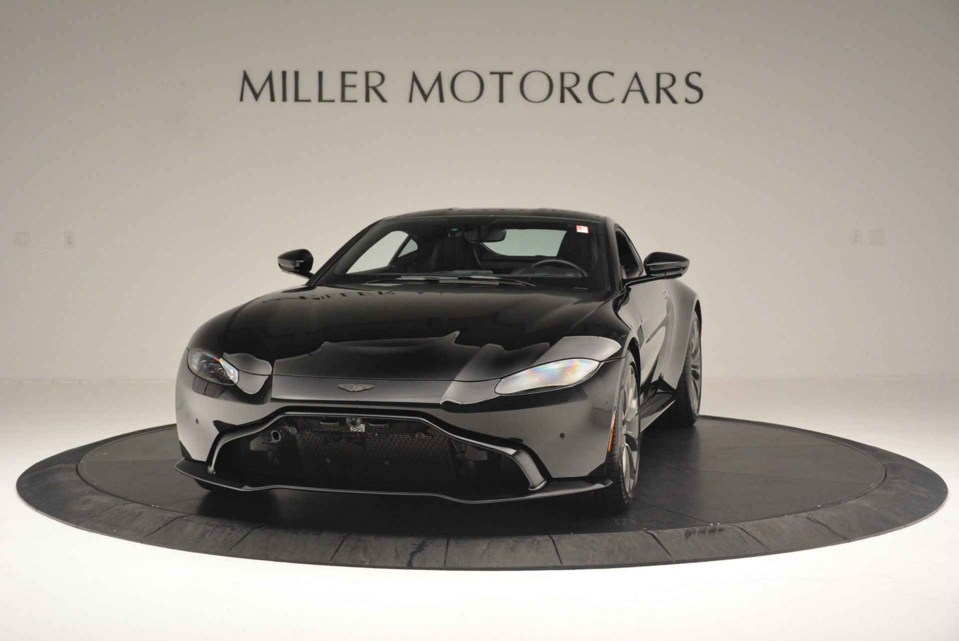 Used 2019 Aston Martin Vantage Coupe For Sale In Greenwich, CT. Alfa Romeo of Greenwich, A1305B 2445_p2