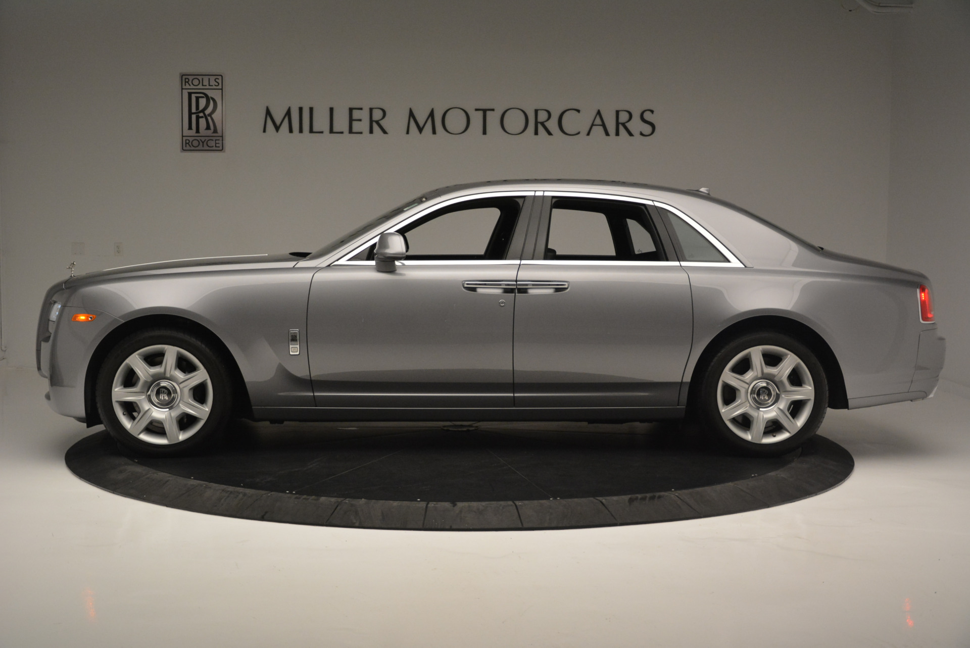 Used 2012 Rolls-Royce Ghost  For Sale In Greenwich, CT. Alfa Romeo of Greenwich, 7412 2447_p2