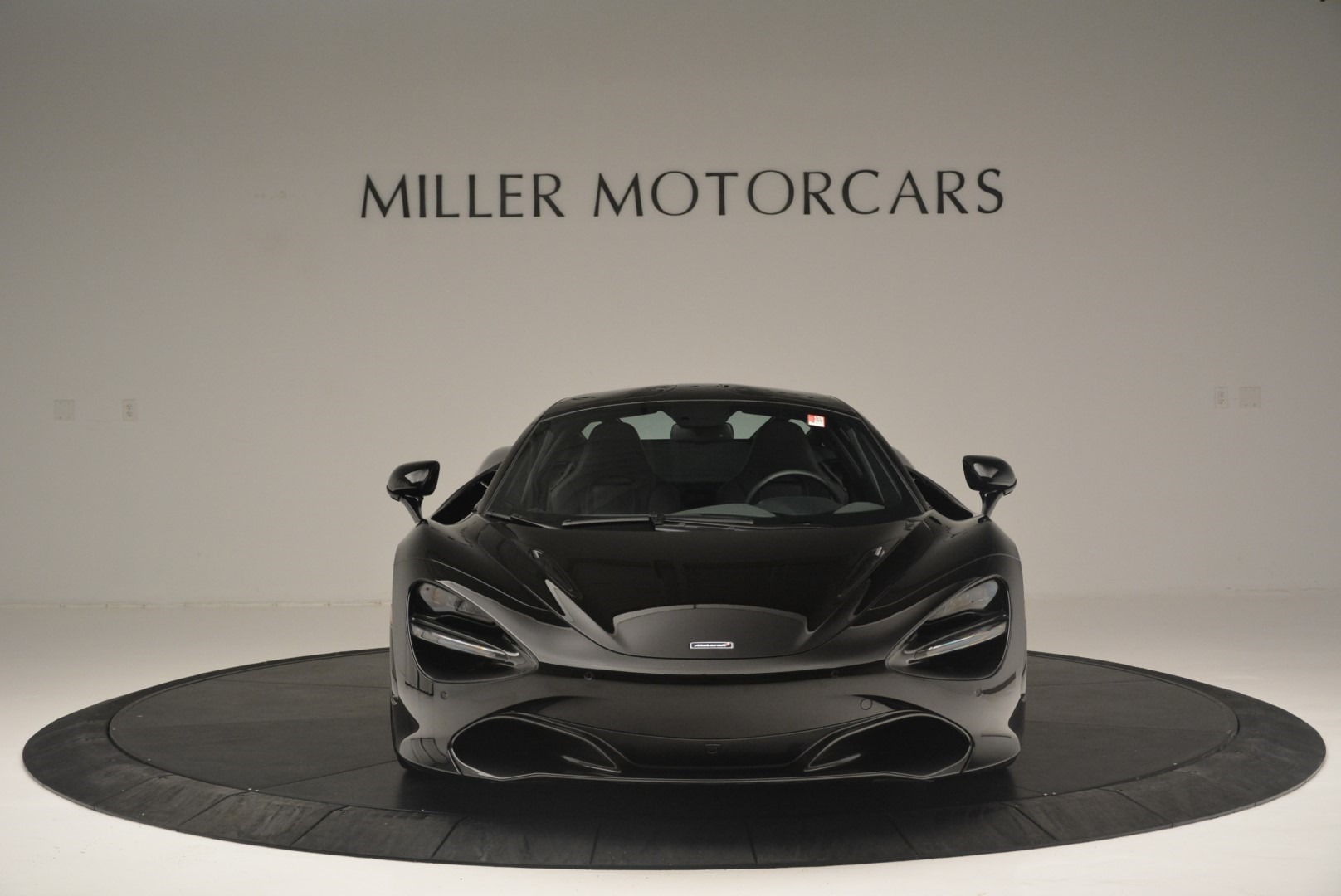 Used 2018 McLaren 720S Coupe For Sale In Greenwich, CT. Alfa Romeo of Greenwich, MC372 2449_p12