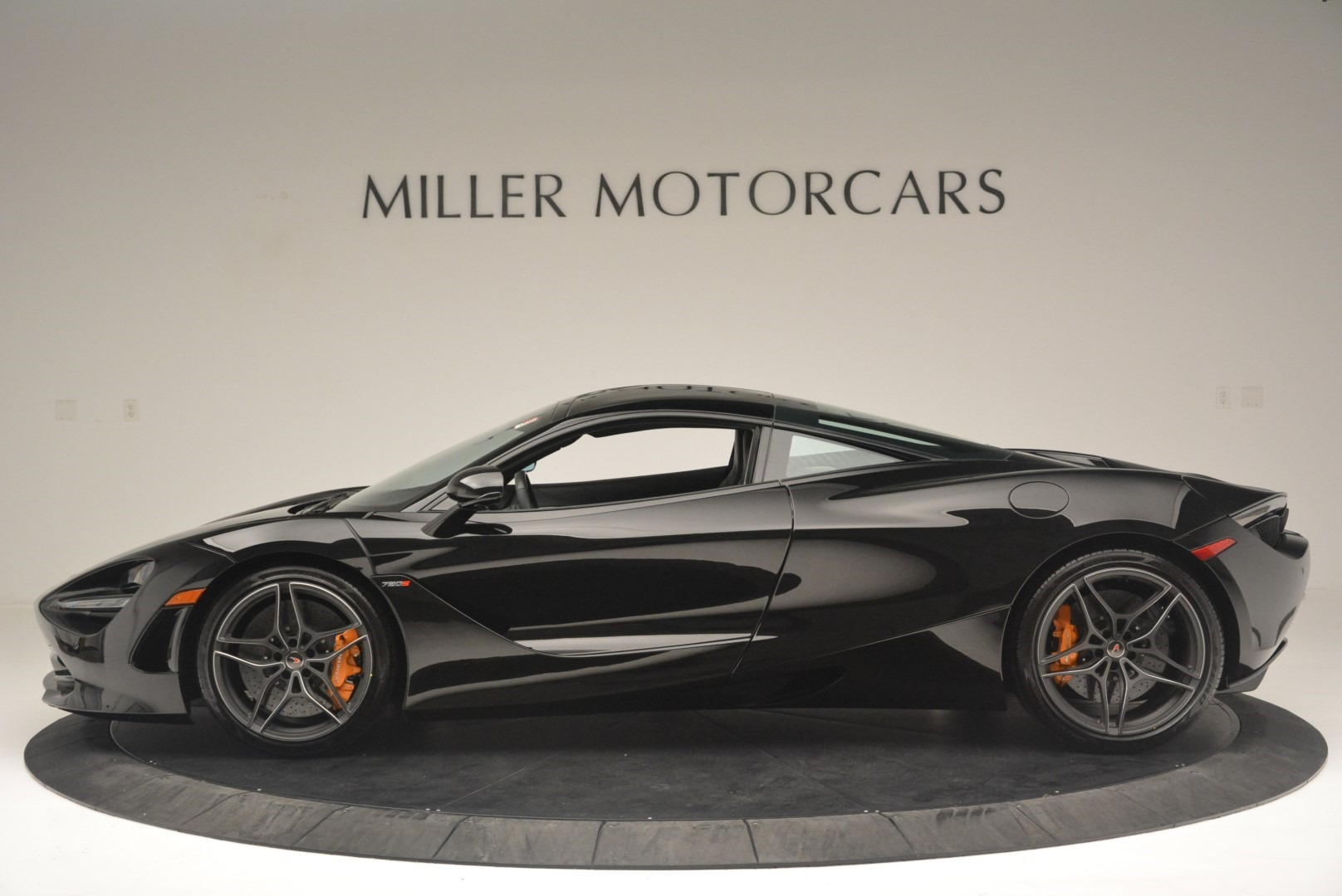 Used 2018 McLaren 720S Coupe For Sale In Greenwich, CT. Alfa Romeo of Greenwich, MC372 2449_p3