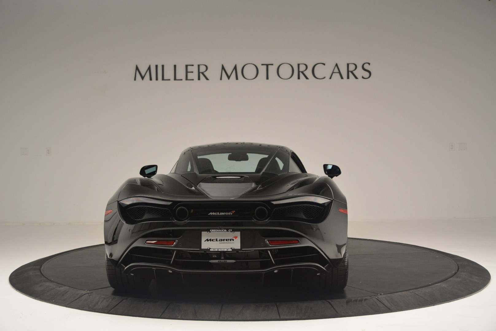 Used 2018 McLaren 720S Coupe For Sale In Greenwich, CT. Alfa Romeo of Greenwich, MC372 2449_p6