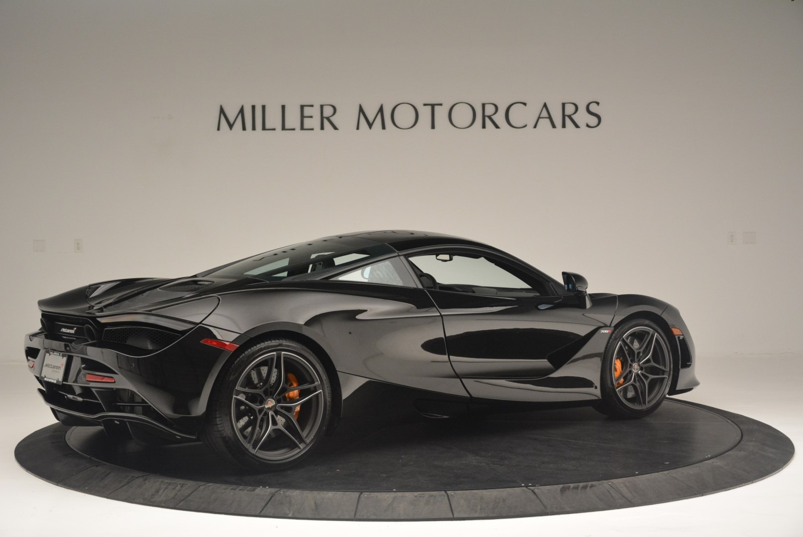 Used 2018 McLaren 720S Coupe For Sale In Greenwich, CT. Alfa Romeo of Greenwich, MC372 2449_p8