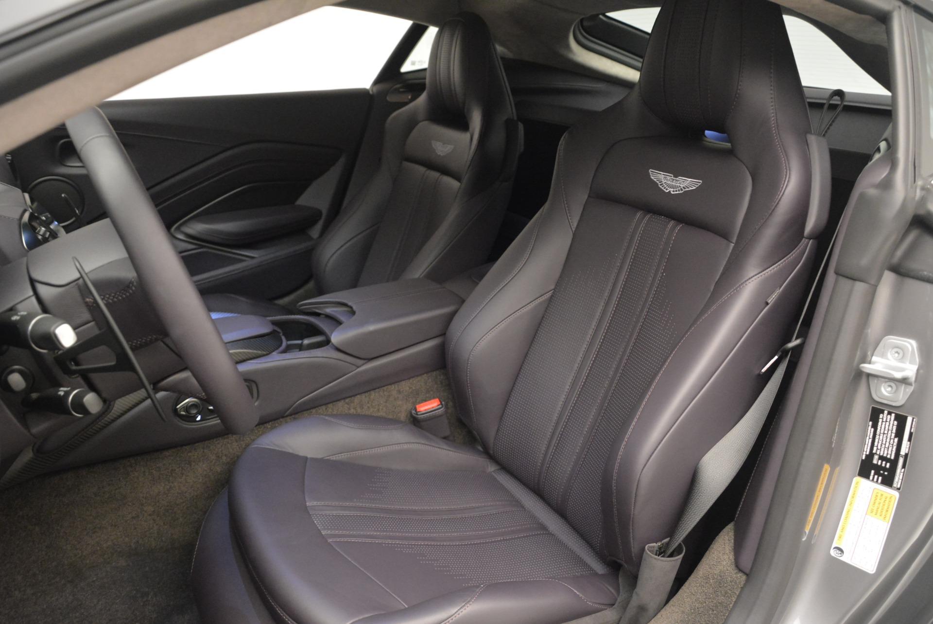 New 2019 Aston Martin Vantage  For Sale In Greenwich, CT. Alfa Romeo of Greenwich, A1313 2452_p15
