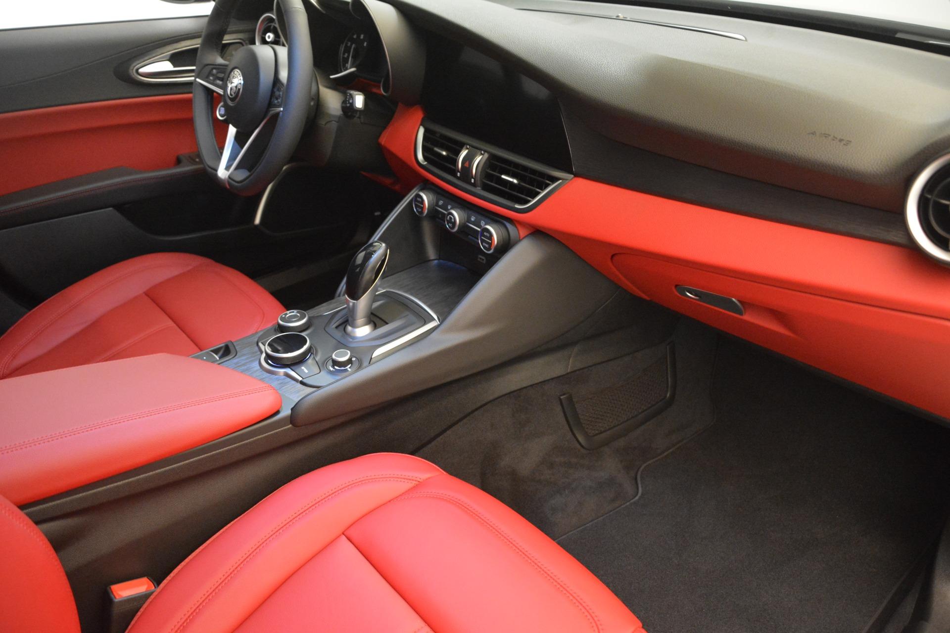 New 2018 Alfa Romeo Giulia Q4 For Sale In Greenwich, CT. Alfa Romeo of Greenwich, LW219 2453_p19