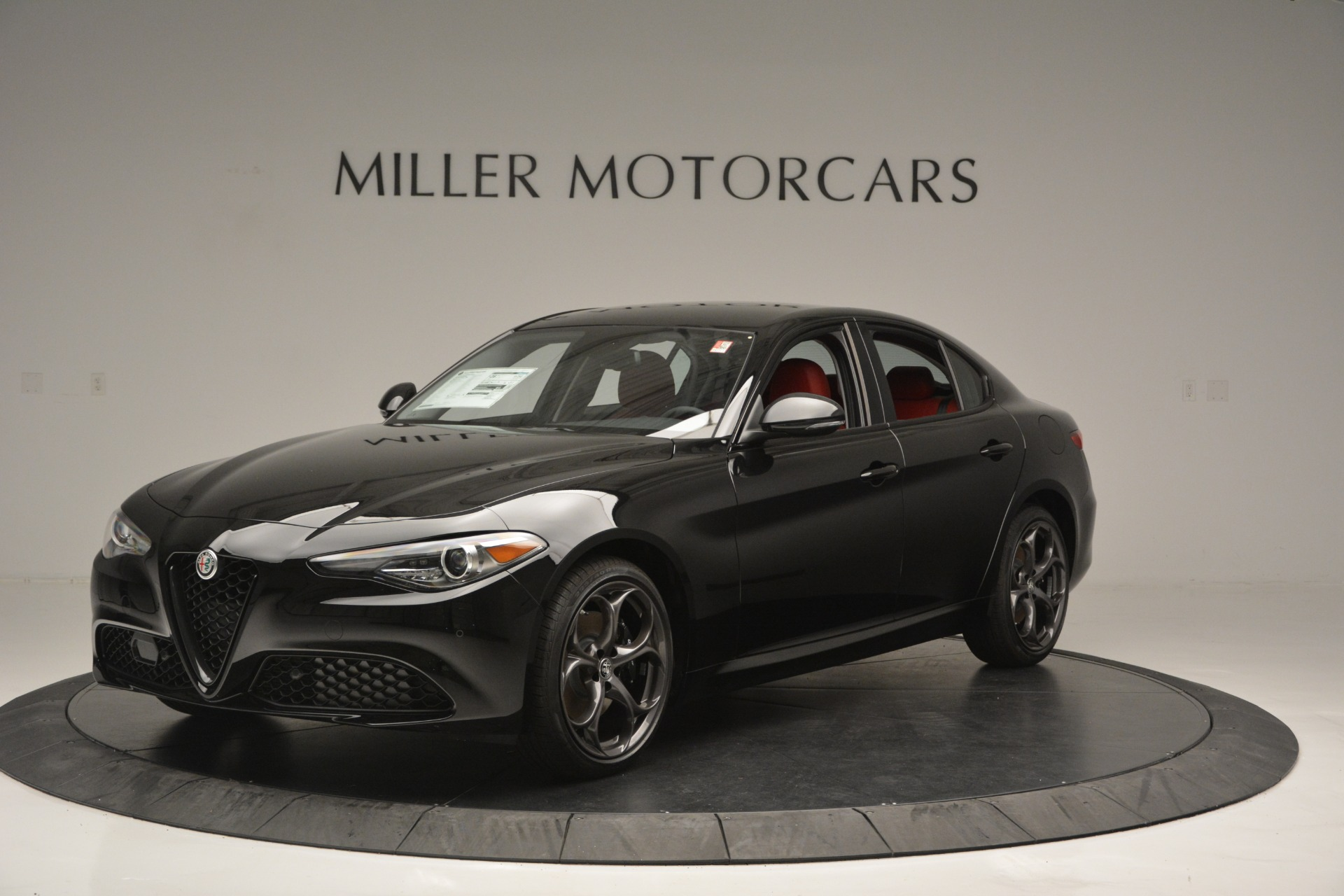 New 2018 Alfa Romeo Giulia Q4 For Sale In Greenwich, CT. Alfa Romeo of Greenwich, LW221 2455_p2