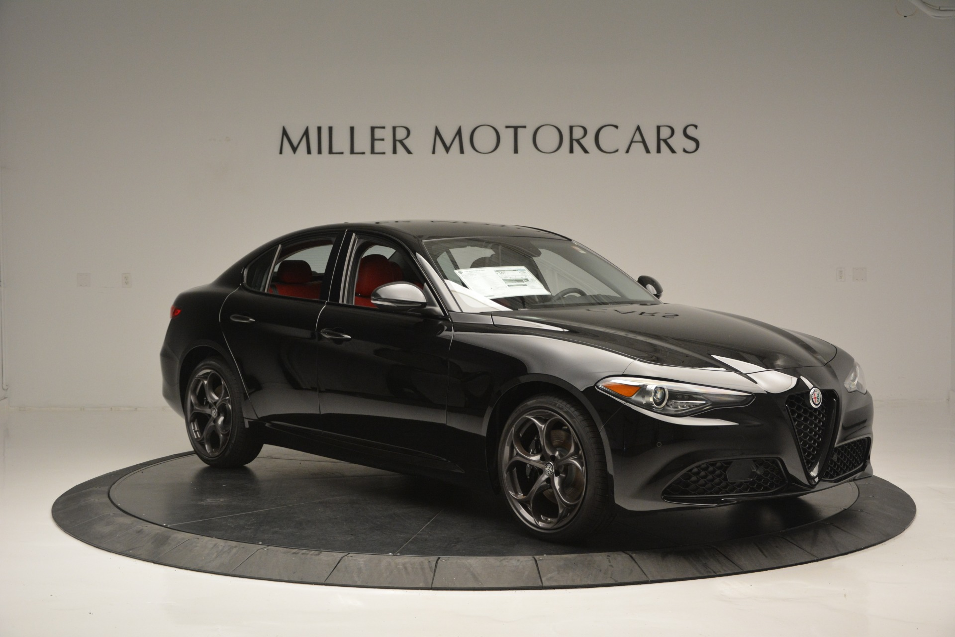 New 2018 Alfa Romeo Giulia Q4 For Sale In Greenwich, CT. Alfa Romeo of Greenwich, LW221 2455_p9