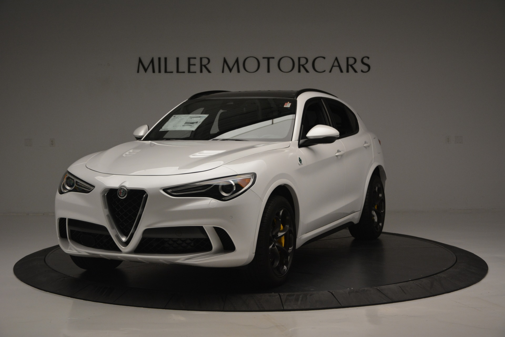 New 2018 Alfa Romeo Stelvio Quadrifoglio Quadrifoglio For Sale In Greenwich, CT. Alfa Romeo of Greenwich, LW222 2456_main