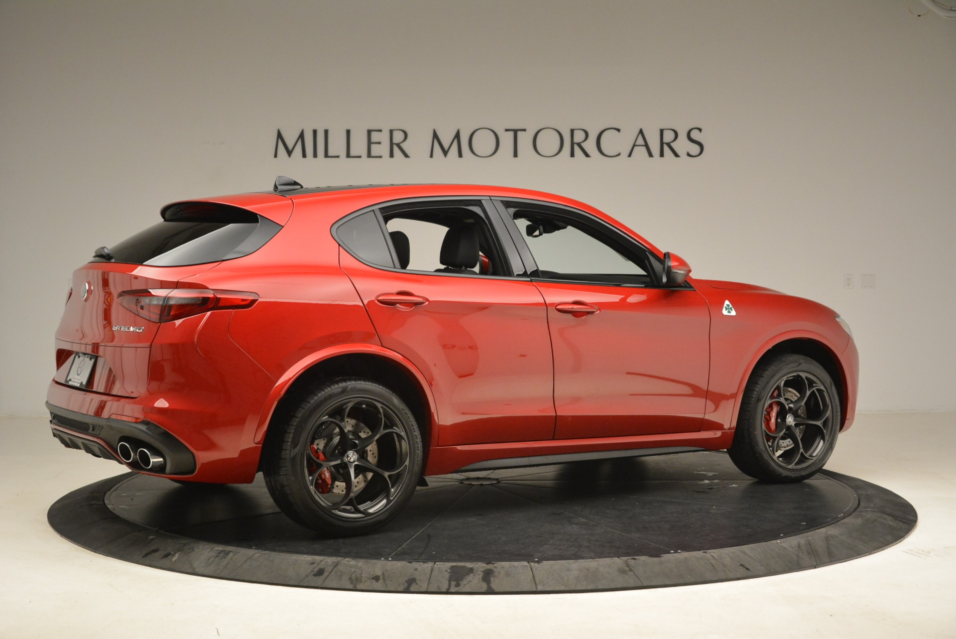 New 2018 Alfa Romeo Stelvio Quadrifoglio For Sale In Greenwich, CT. Alfa Romeo of Greenwich, L462 2459_p8