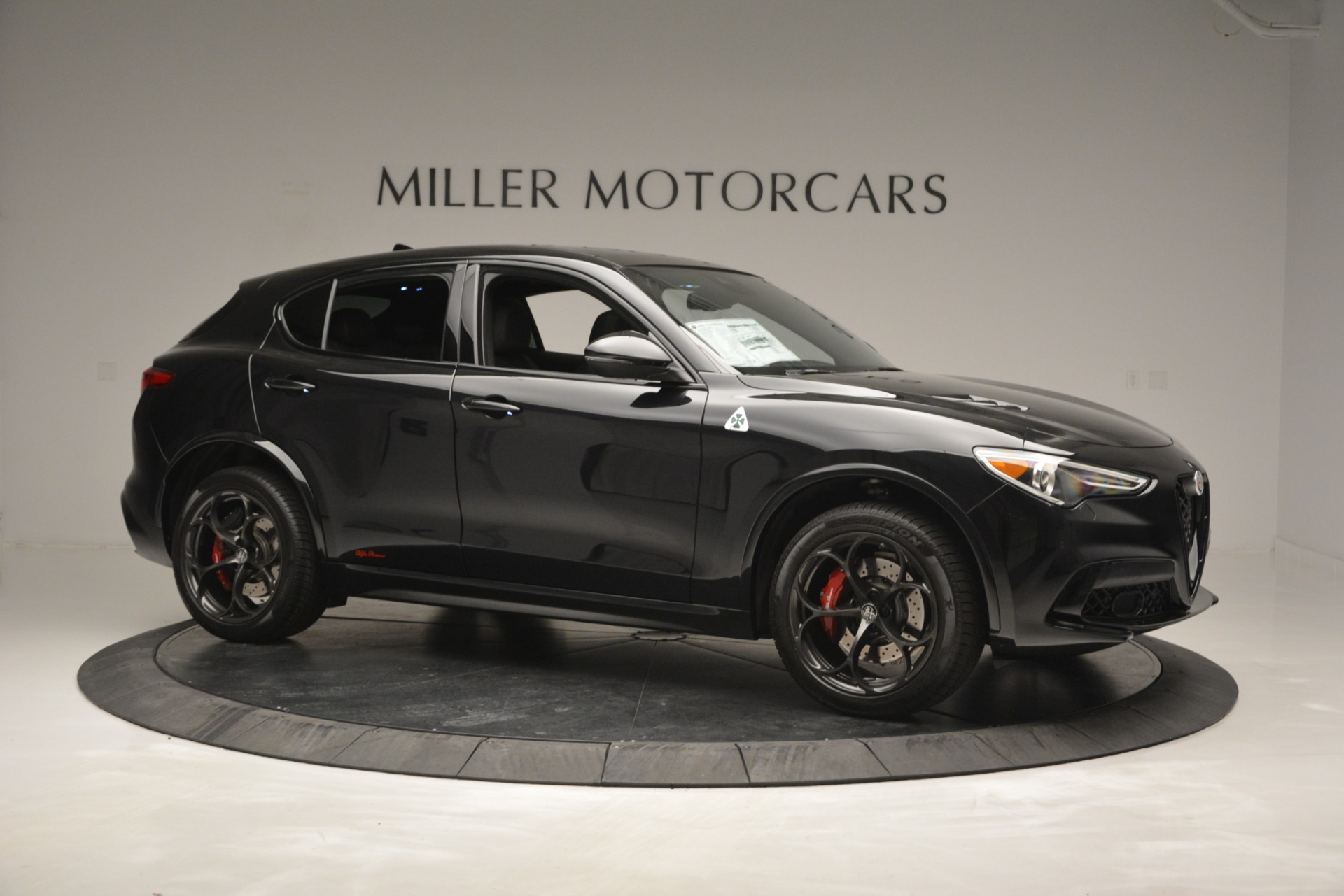 New 2018 Alfa Romeo Stelvio Quadrifoglio For Sale In Greenwich, CT. Alfa Romeo of Greenwich, L463 2460_p10