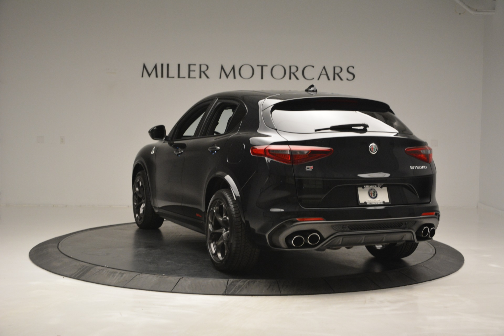 New 2018 Alfa Romeo Stelvio Quadrifoglio For Sale In Greenwich, CT. Alfa Romeo of Greenwich, L463 2460_p5