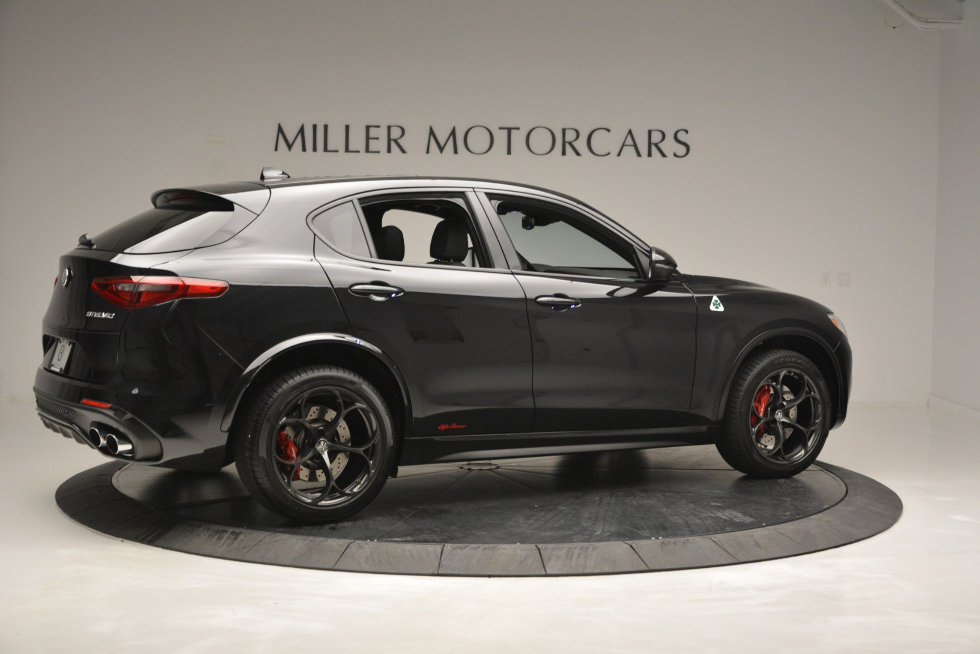 New 2018 Alfa Romeo Stelvio Quadrifoglio For Sale In Greenwich, CT. Alfa Romeo of Greenwich, L463 2460_p8
