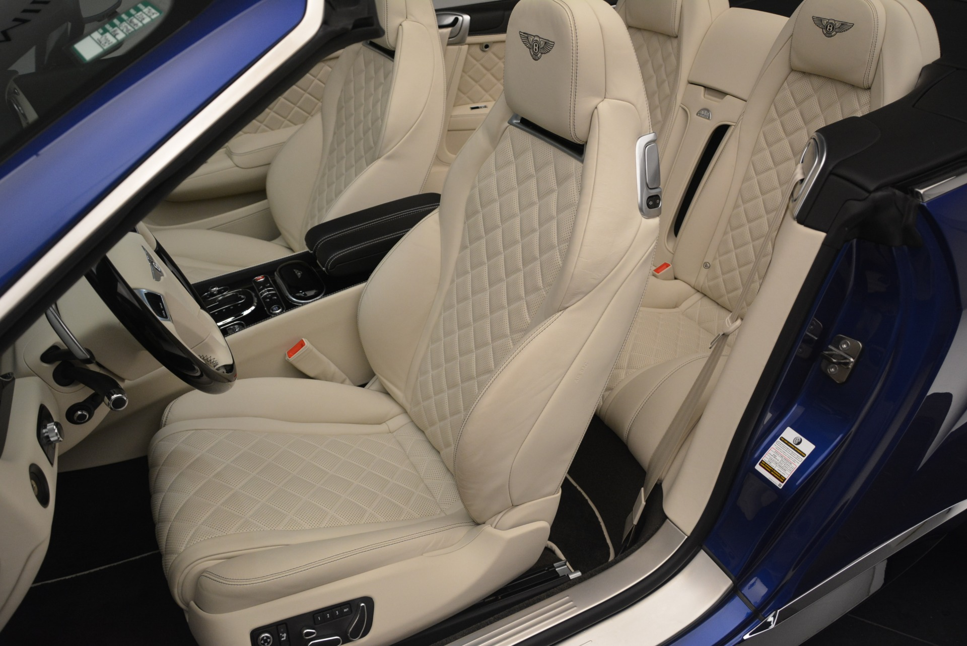 Used 2016 Bentley Continental GT V8 S For Sale In Greenwich, CT. Alfa Romeo of Greenwich, 7415 2461_p21