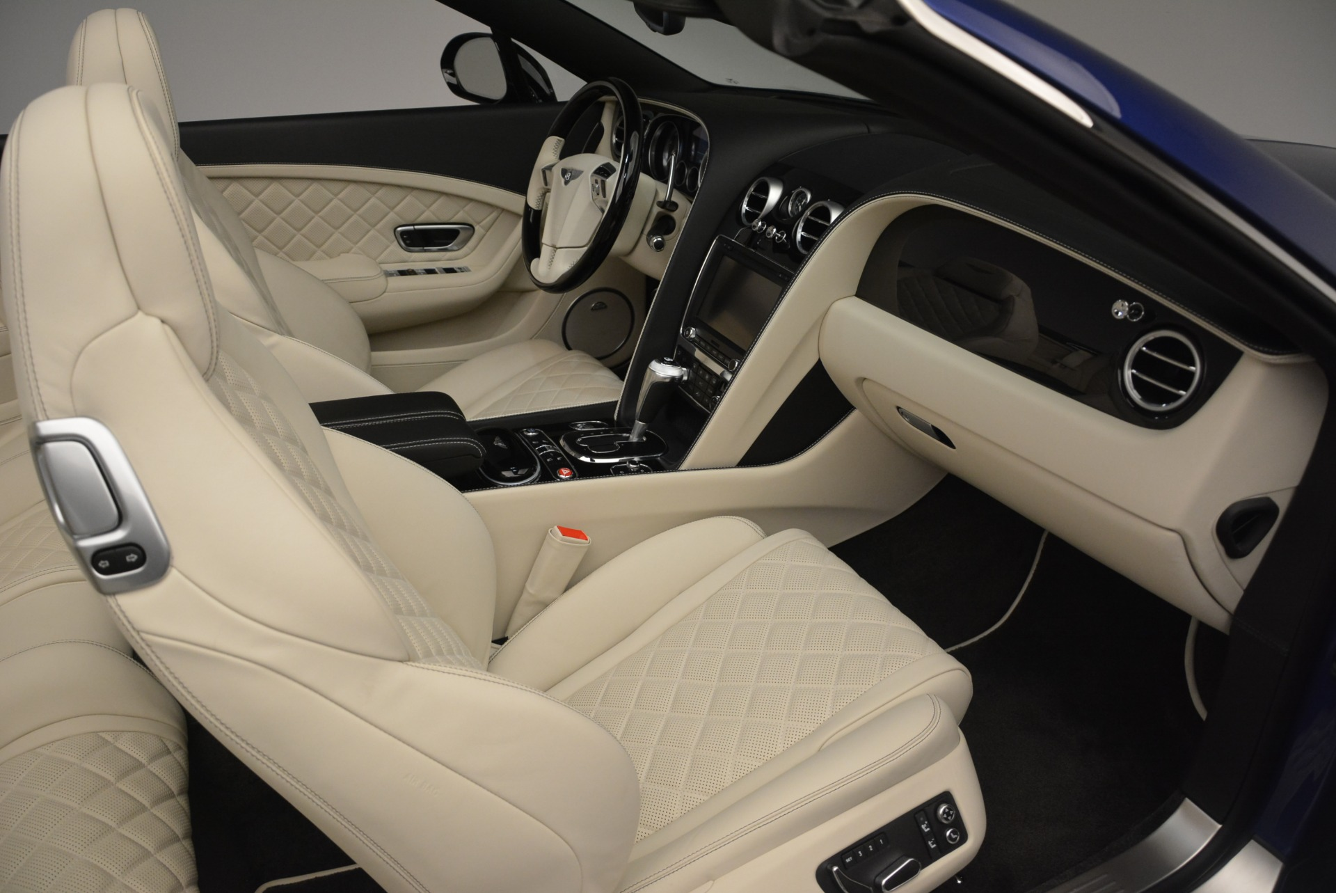 Used 2016 Bentley Continental GT V8 S For Sale In Greenwich, CT. Alfa Romeo of Greenwich, 7415 2461_p28