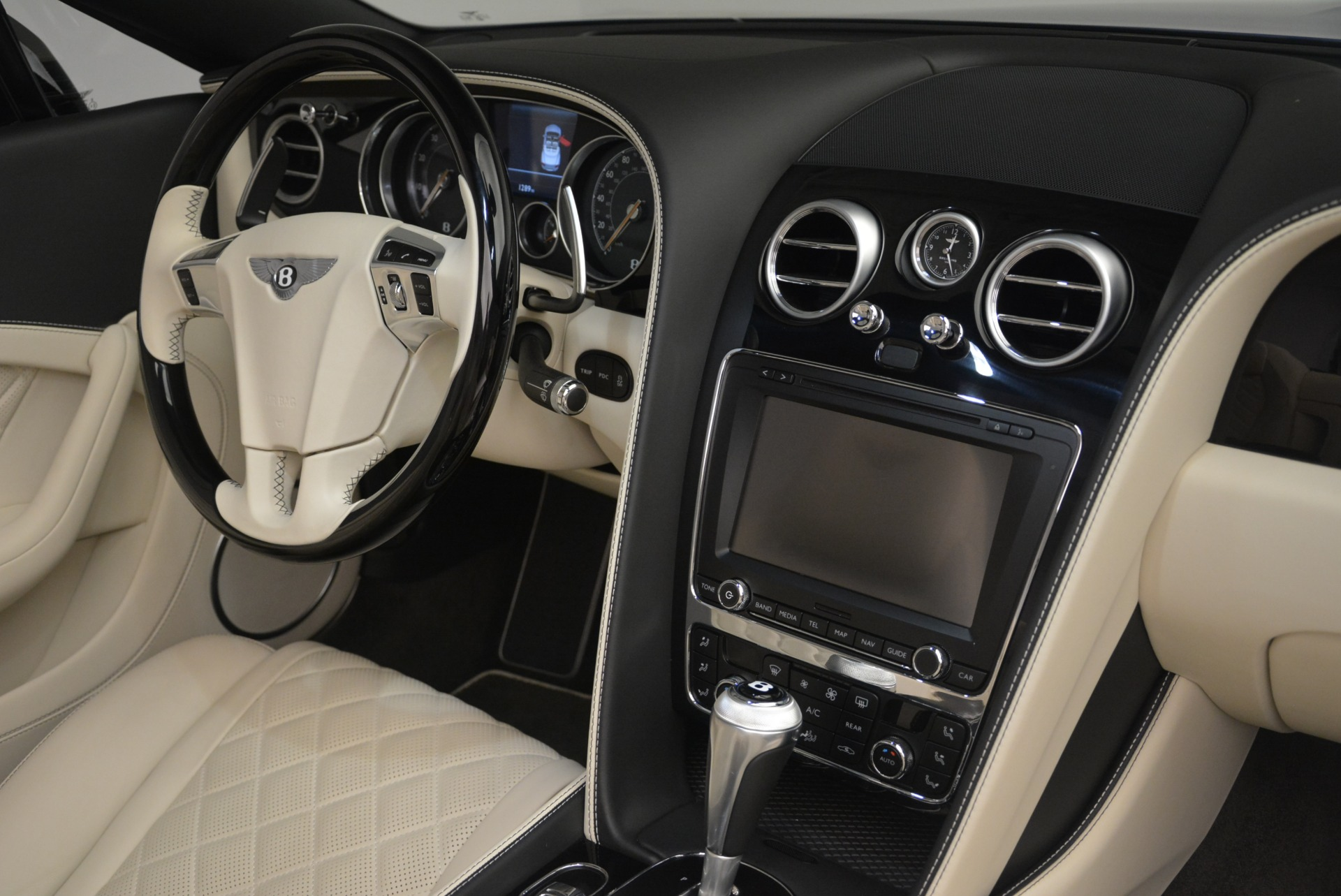 Used 2016 Bentley Continental GT V8 S For Sale In Greenwich, CT. Alfa Romeo of Greenwich, 7415 2461_p30