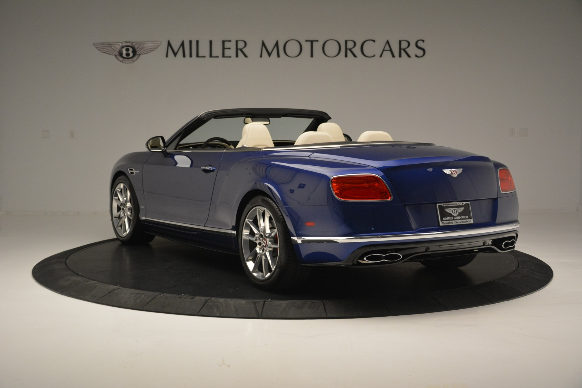 Used 2016 Bentley Continental GT V8 S For Sale In Greenwich, CT. Alfa Romeo of Greenwich, 7415 2461_p5