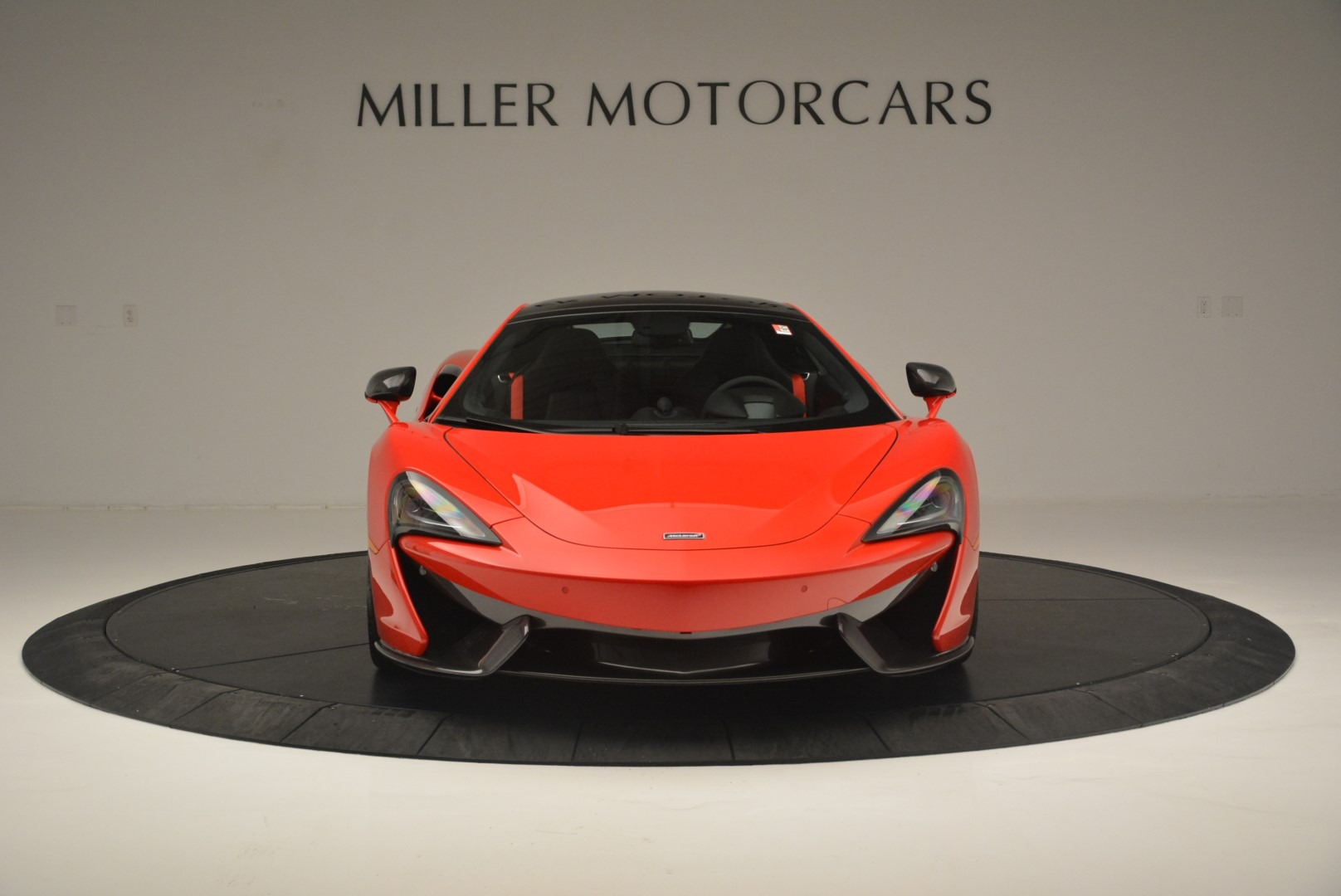 Used 2018 McLaren 570GT  For Sale In Greenwich, CT. Alfa Romeo of Greenwich, MC384 2462_p12