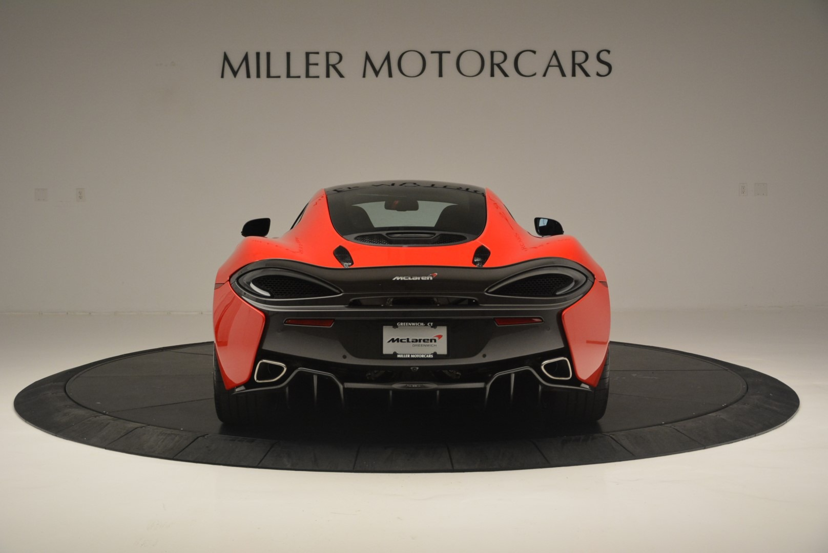Used 2018 McLaren 570GT  For Sale In Greenwich, CT. Alfa Romeo of Greenwich, MC384 2462_p6