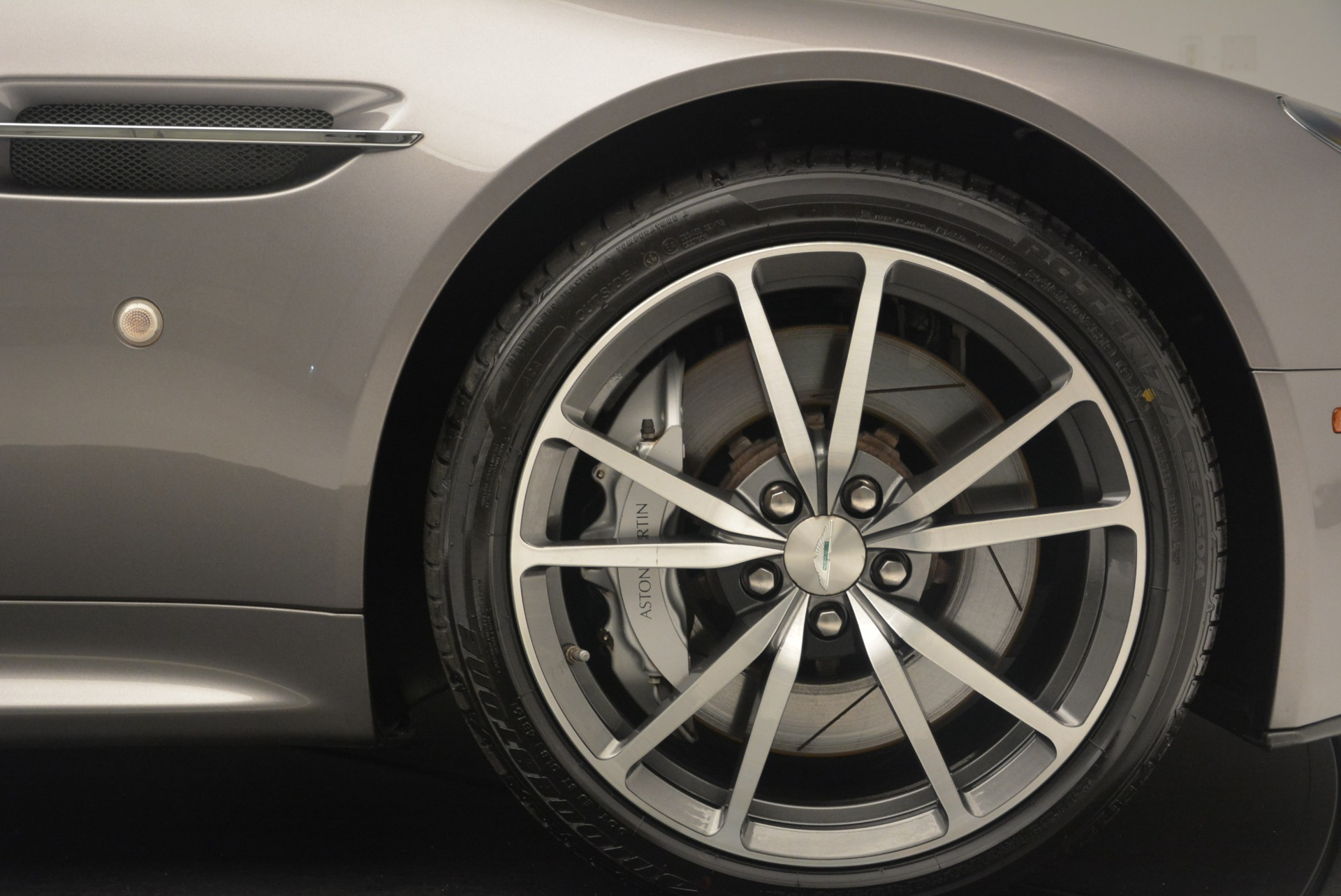 Used 2015 Aston Martin V8 Vantage Roadster For Sale In Greenwich, CT. Alfa Romeo of Greenwich, 7396 2463_p24