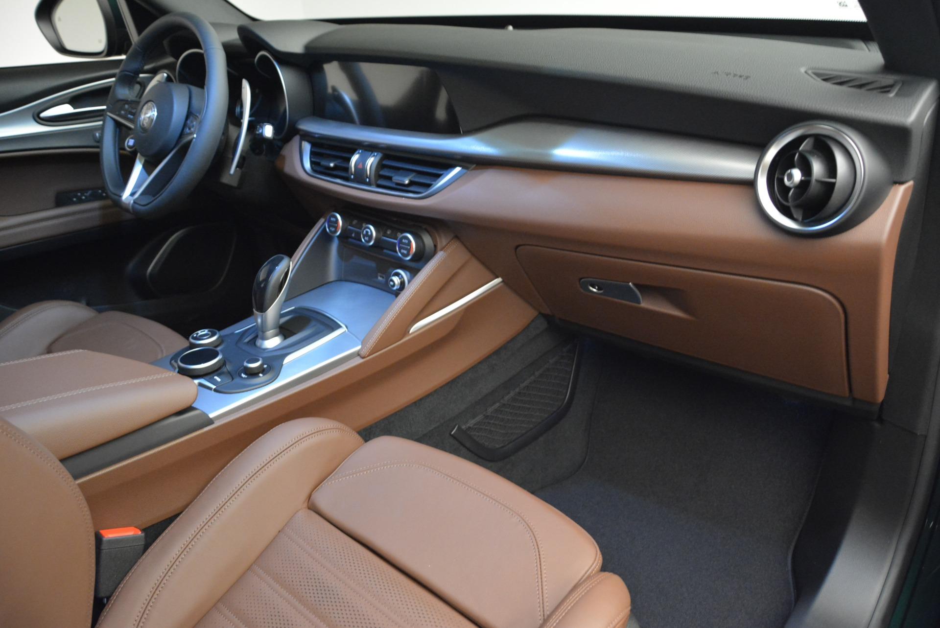 New 2018 Alfa Romeo Stelvio Ti Sport Q4 For Sale In Greenwich, CT. Alfa Romeo of Greenwich, L467 2470_p20