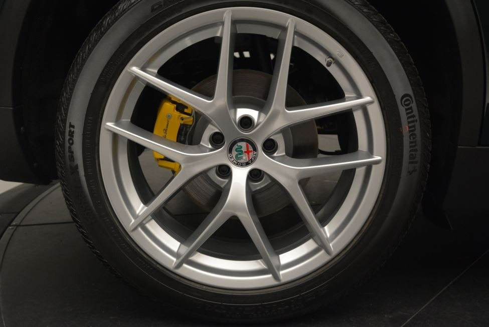 New 2018 Alfa Romeo Stelvio Ti Sport Q4 For Sale In Greenwich, CT. Alfa Romeo of Greenwich, L467 2470_p26