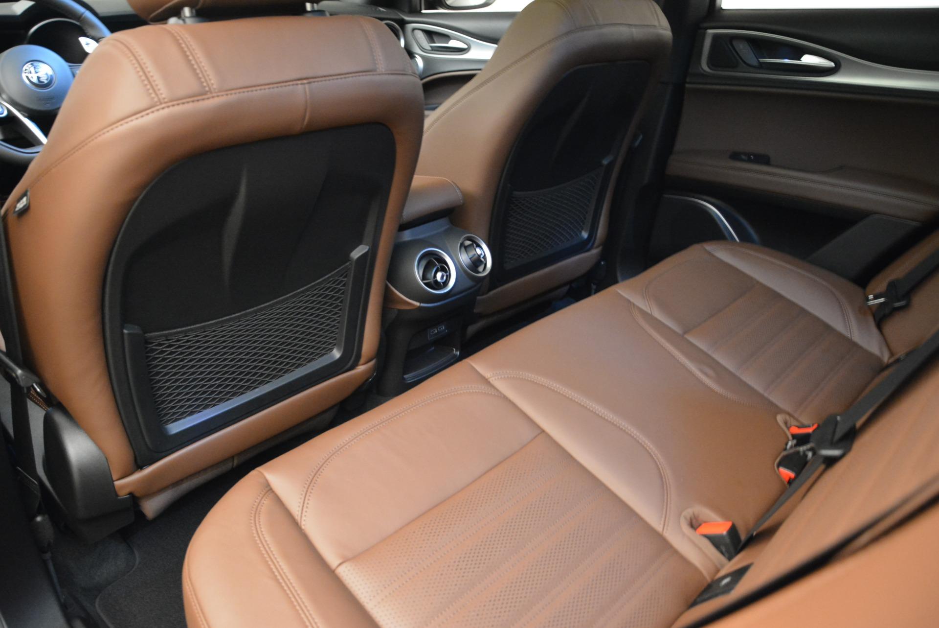 New 2018 Alfa Romeo Stelvio Ti Sport Q4 For Sale In Greenwich, CT. Alfa Romeo of Greenwich, L468 2471_p17