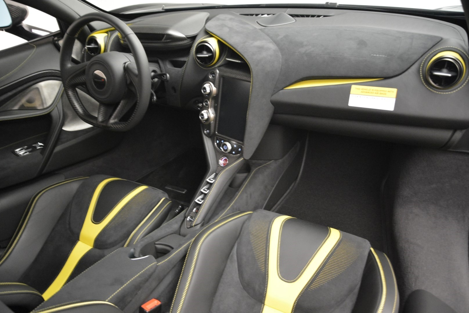 Used 2018 McLaren 720S Coupe For Sale In Greenwich, CT. Alfa Romeo of Greenwich, 3143 2474_p18