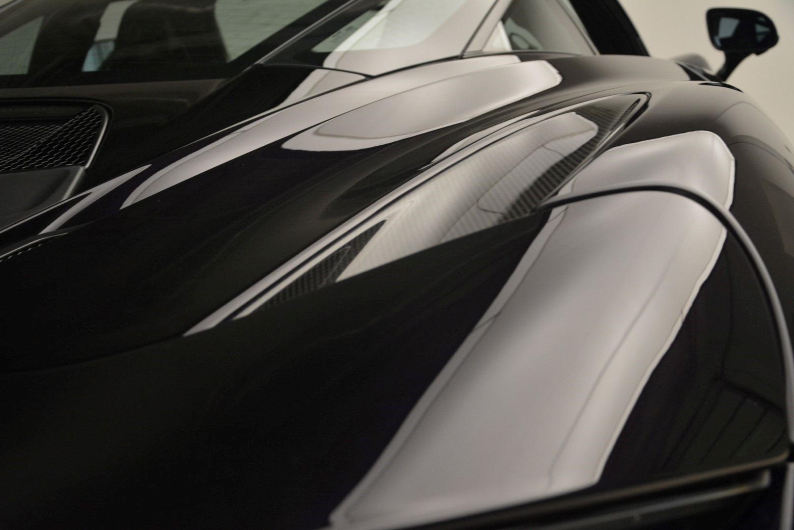 Used 2018 McLaren 720S Coupe For Sale In Greenwich, CT. Alfa Romeo of Greenwich, 3143 2474_p22