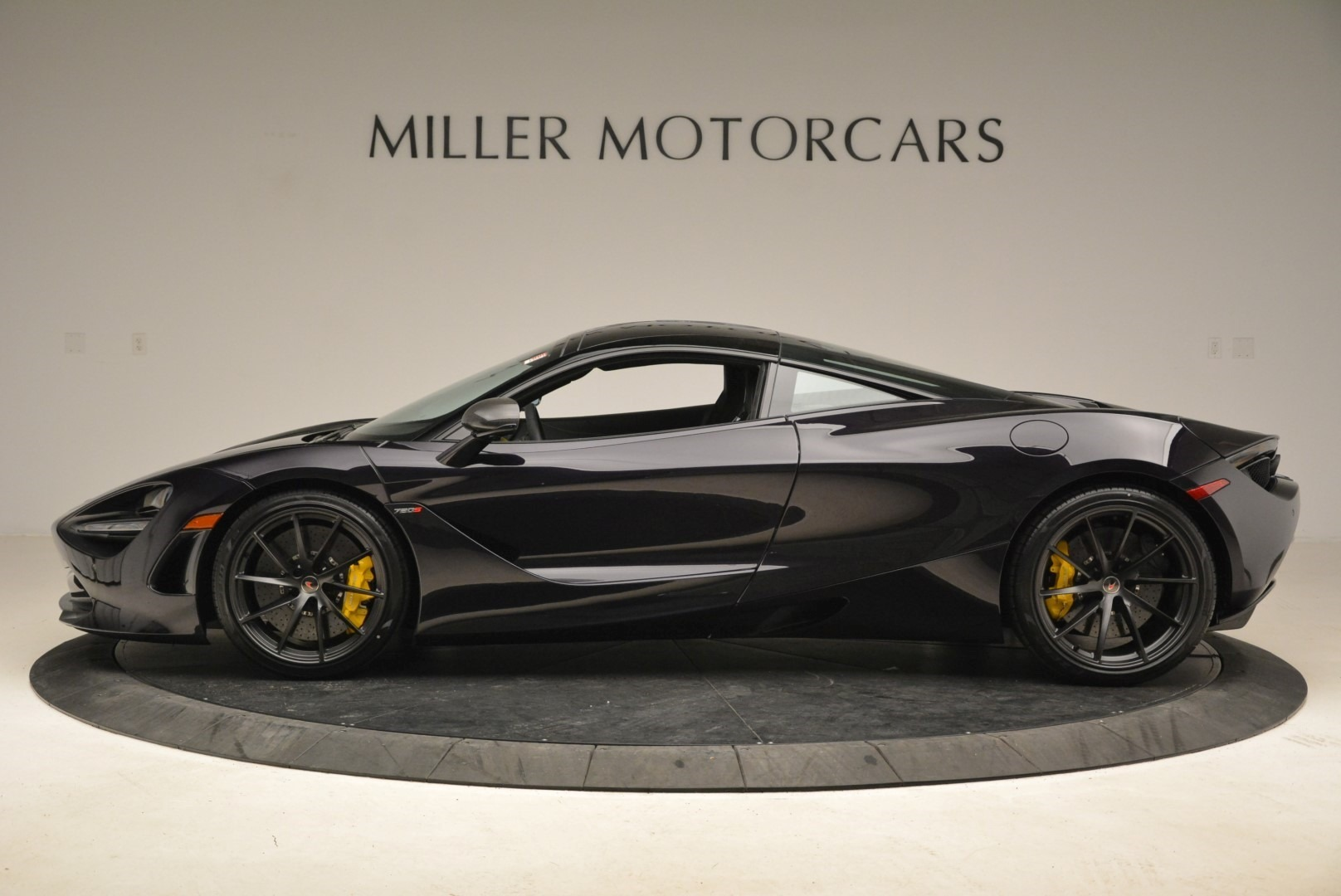 Used 2018 McLaren 720S Coupe For Sale In Greenwich, CT. Alfa Romeo of Greenwich, 3143 2474_p3