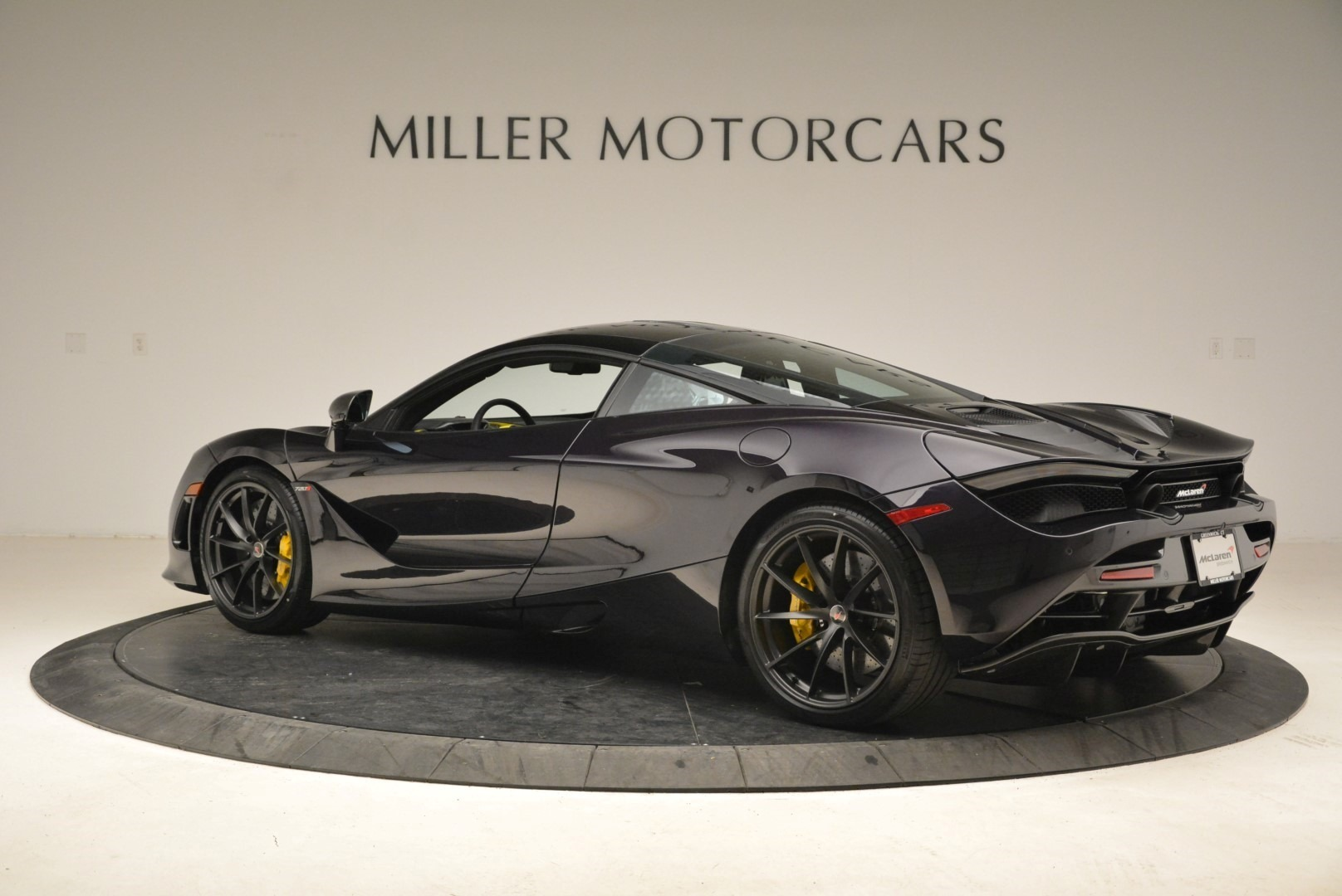 Used 2018 McLaren 720S Coupe For Sale In Greenwich, CT. Alfa Romeo of Greenwich, 3143 2474_p4