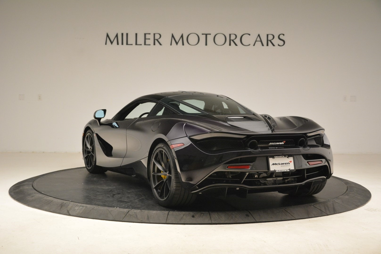 Used 2018 McLaren 720S Coupe For Sale In Greenwich, CT. Alfa Romeo of Greenwich, 3143 2474_p5