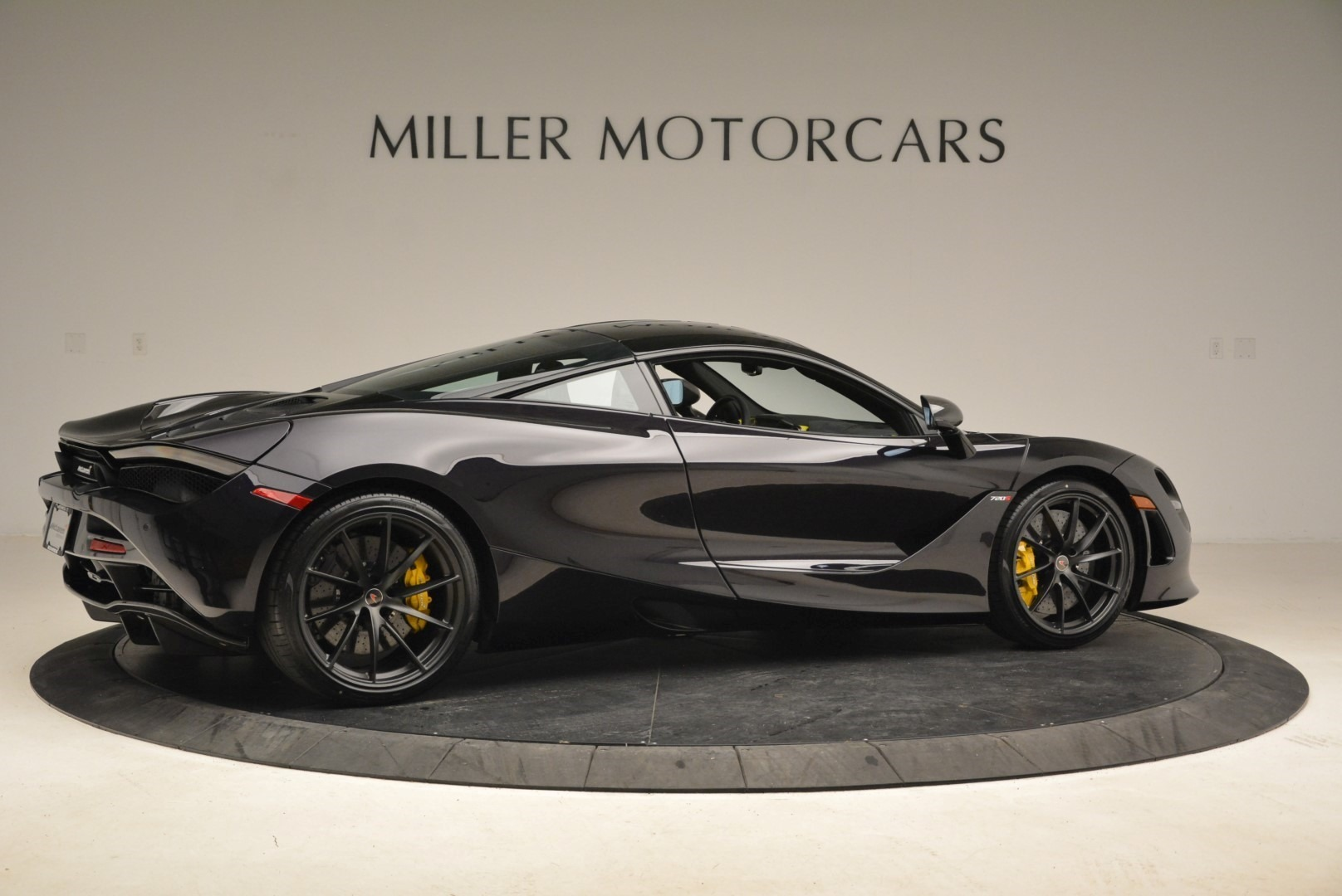 Used 2018 McLaren 720S Coupe For Sale In Greenwich, CT. Alfa Romeo of Greenwich, 3143 2474_p8