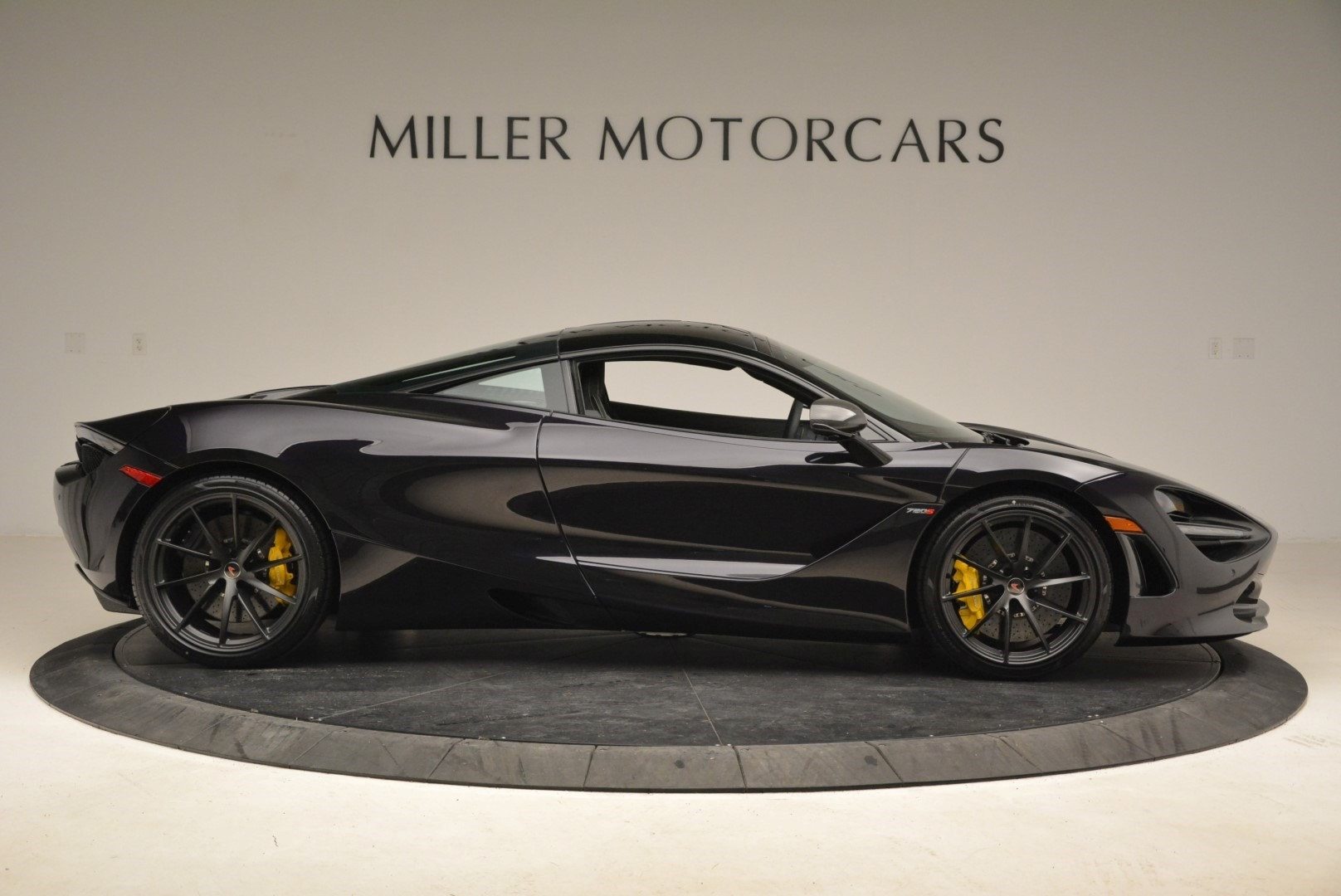 Used 2018 McLaren 720S Coupe For Sale In Greenwich, CT. Alfa Romeo of Greenwich, 3143 2474_p9