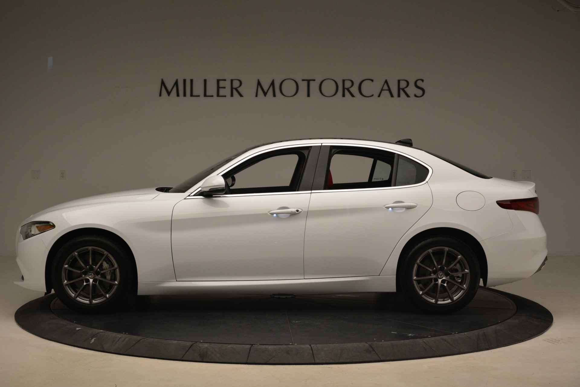 New 2018 Alfa Romeo Giulia Q4 For Sale In Greenwich, CT. Alfa Romeo of Greenwich, L556 2475_p3