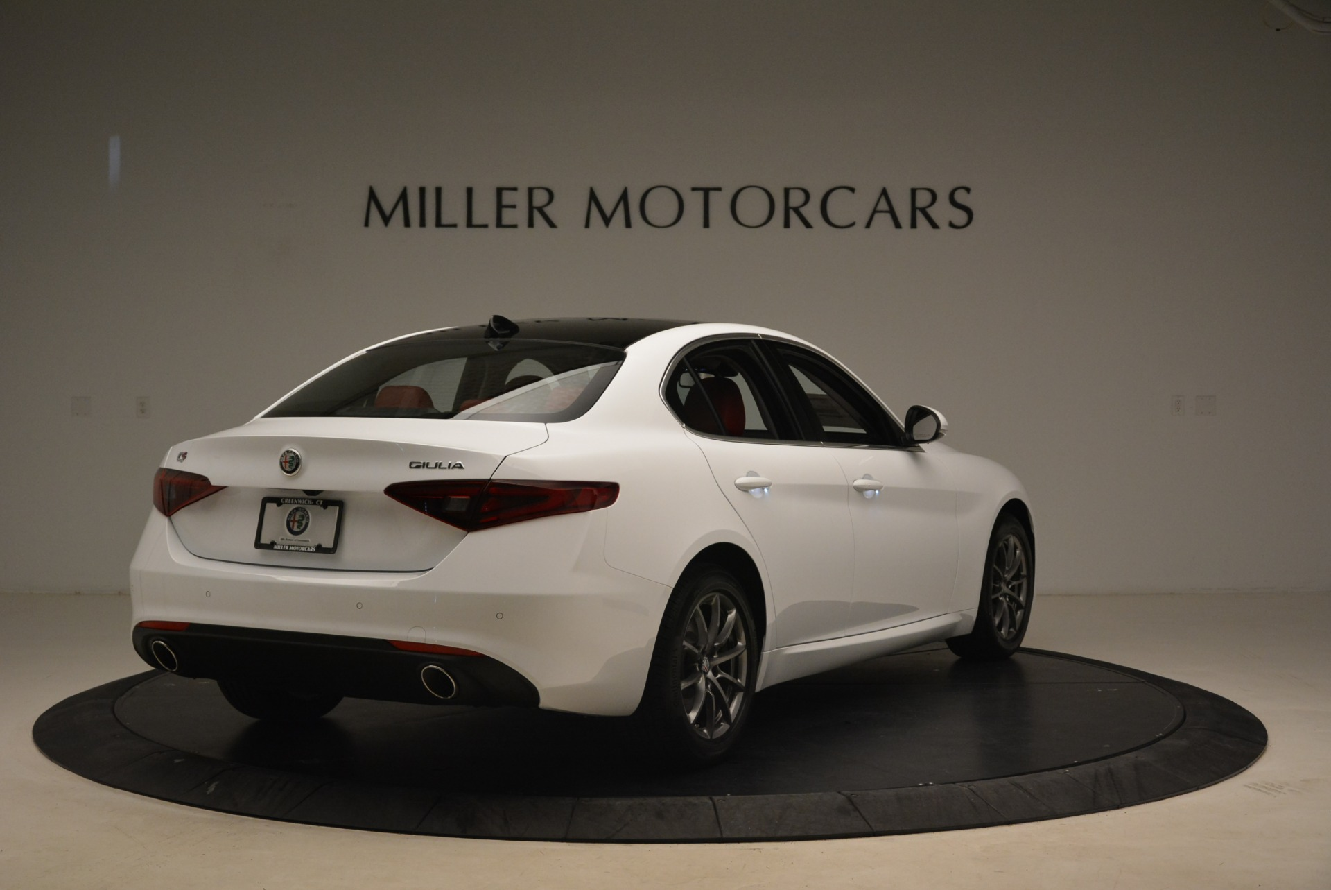 New 2018 Alfa Romeo Giulia Q4 For Sale In Greenwich, CT. Alfa Romeo of Greenwich, L556 2475_p7