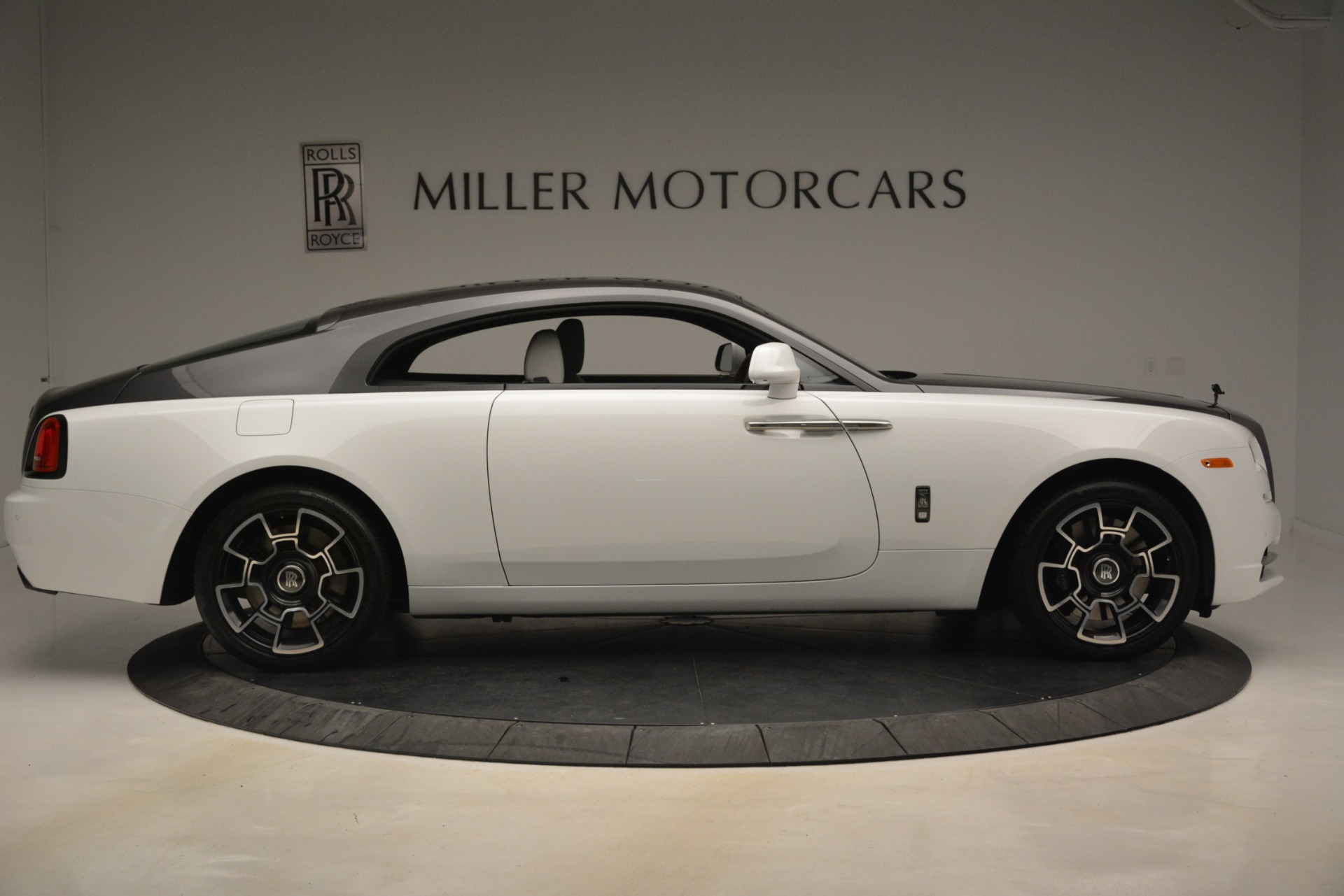 Used 2018 Rolls-Royce Wraith Black Badge Nebula Collection For Sale In Greenwich, CT. Alfa Romeo of Greenwich, R523 2491_p9