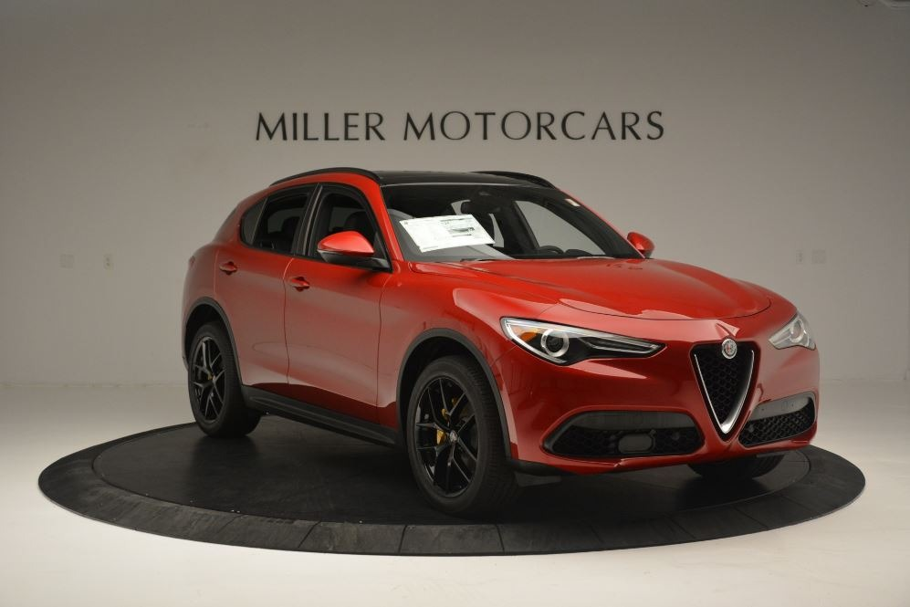New 2018 Alfa Romeo Stelvio Ti Sport Q4 For Sale In Greenwich, CT. Alfa Romeo of Greenwich, LW313 2512_p11